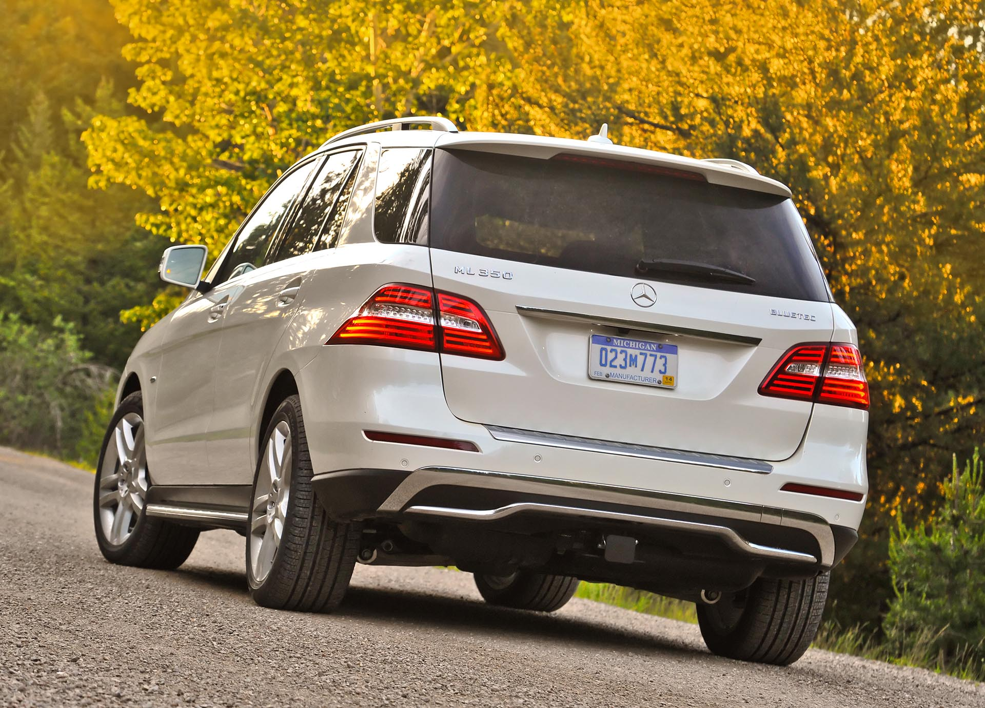 03.5_Mercedes-Benz ML350 BlueTEC rear