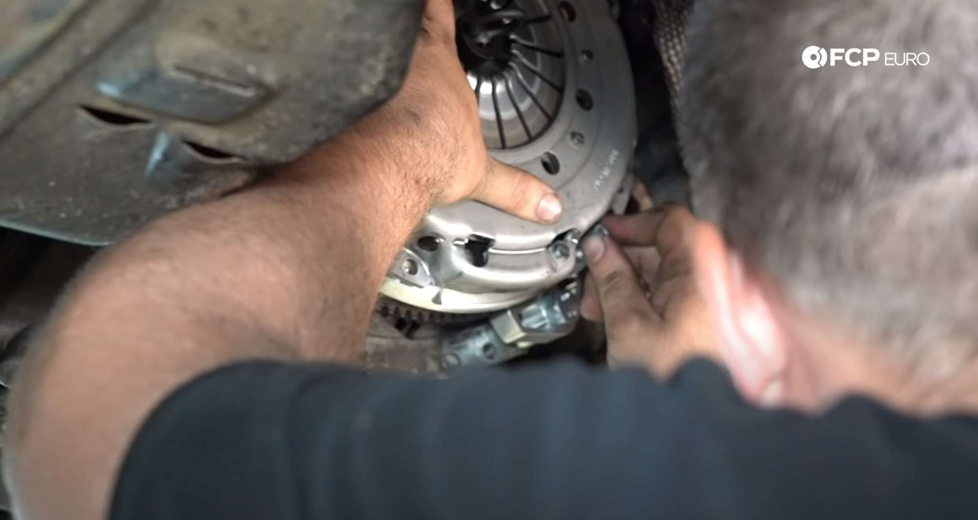 DIY BMW E46 Clutch Replacement installing the new pressure plate