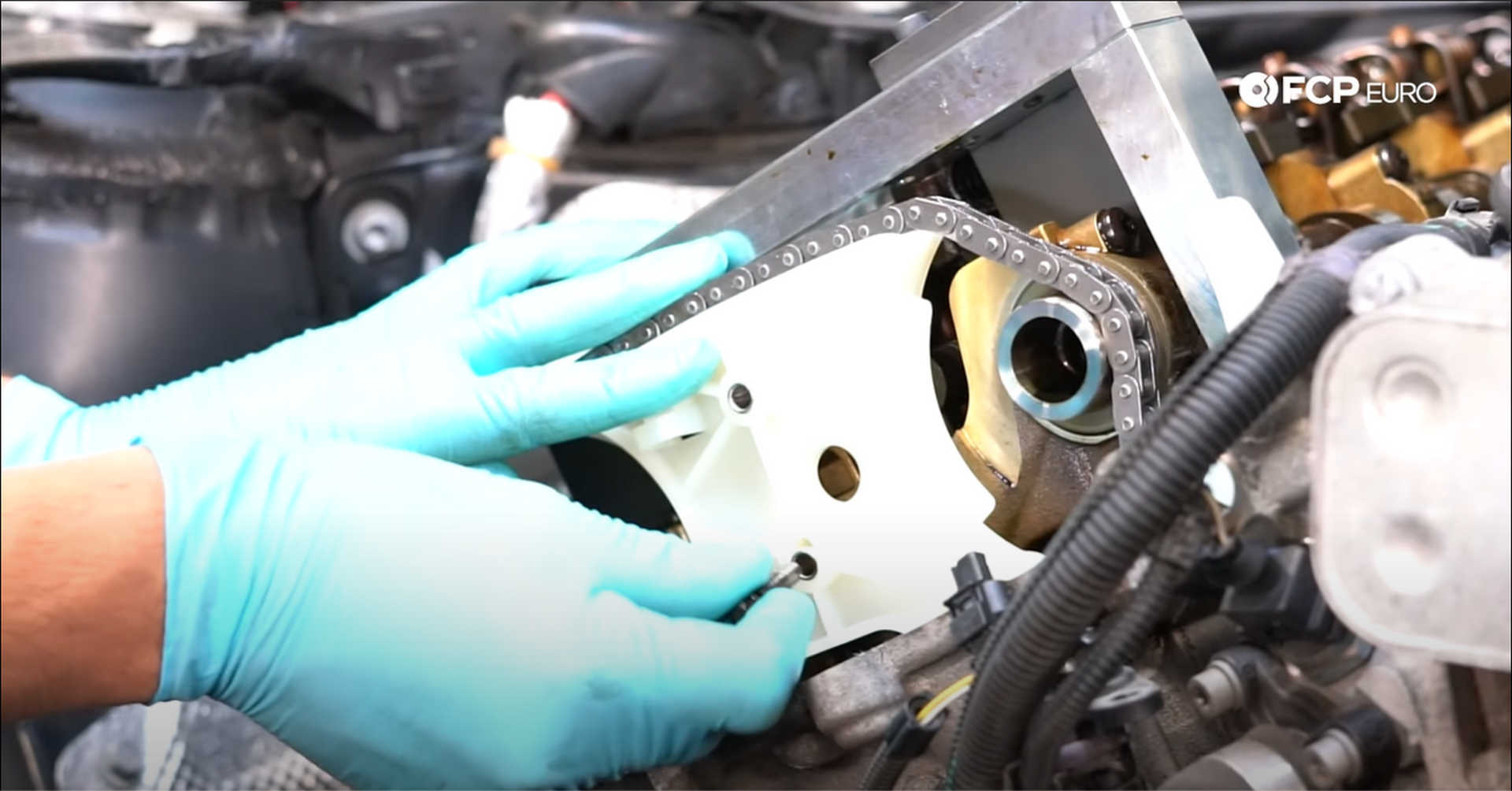 DIY BMW N20 Timing Chain installing the timing chain assembly