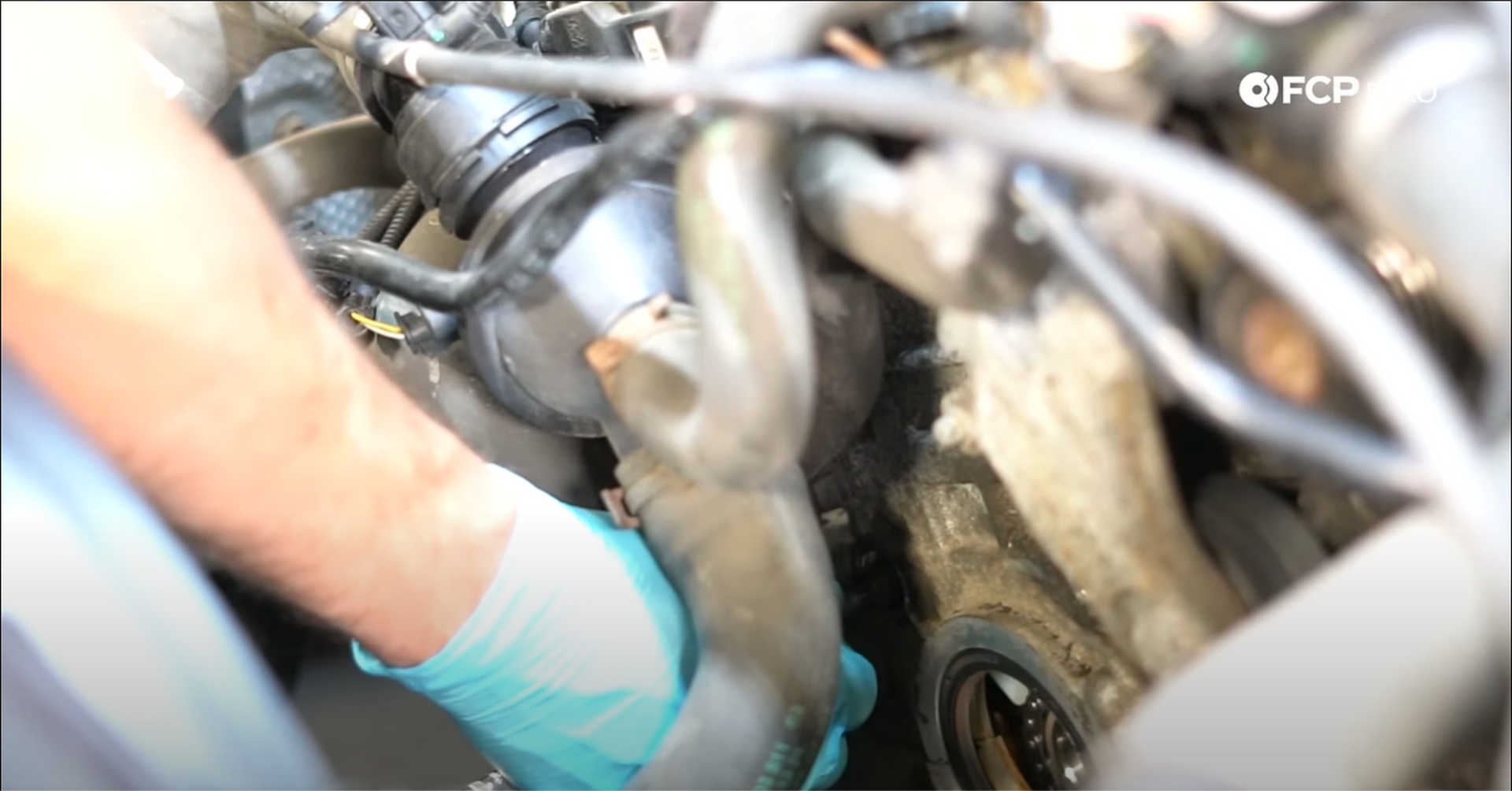 DIY BMW N20 Timing Chain installing the timing chain assembly guide pins