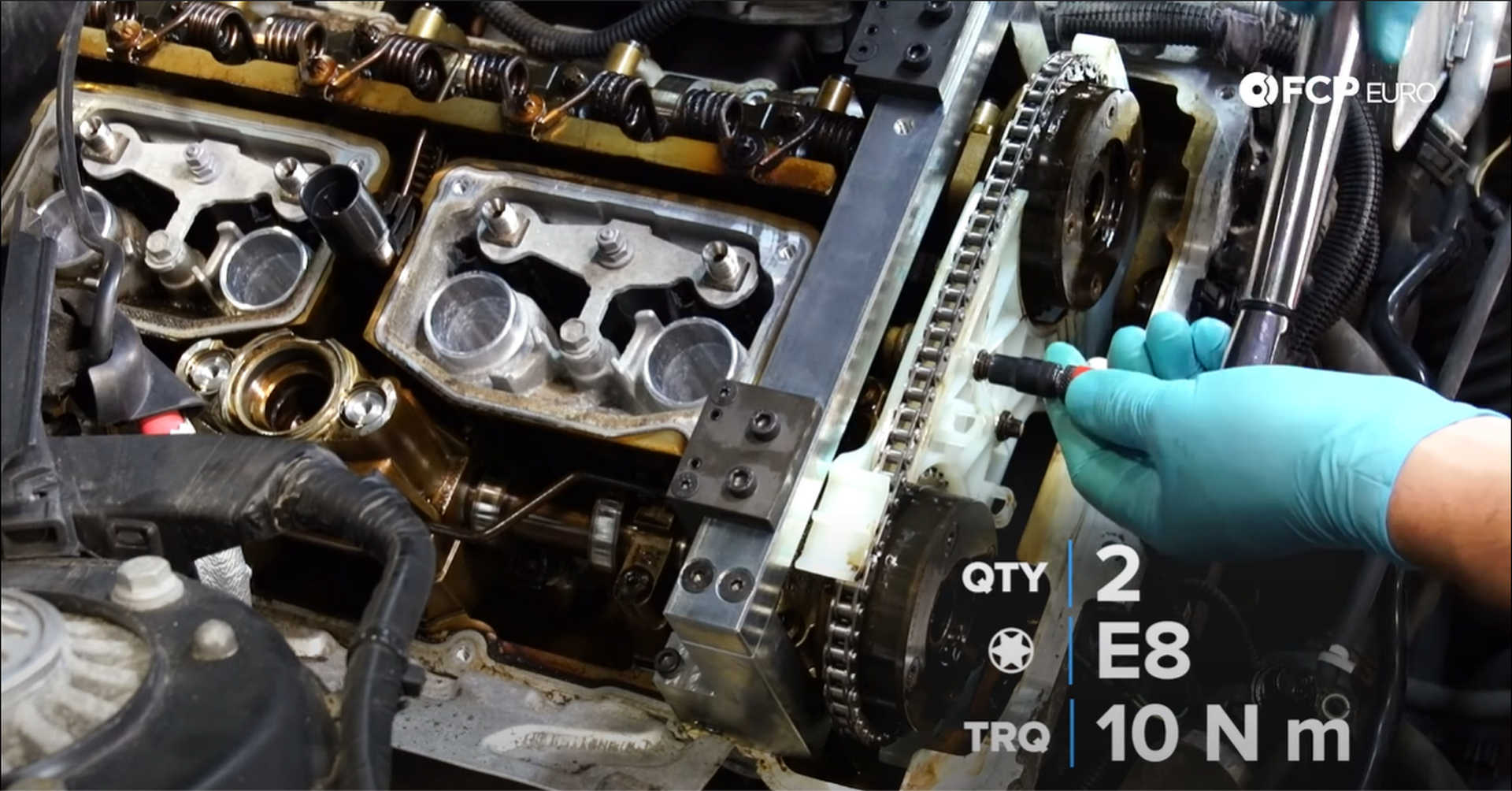 DIY BMW N20 Timing Chain Tightening the chain guide bolts