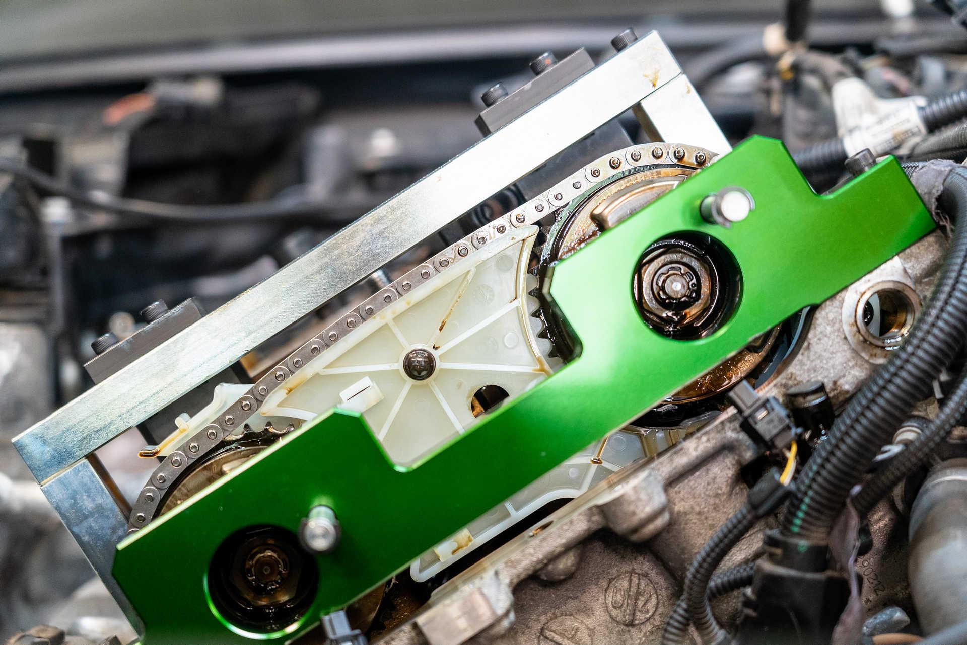 DIY BMW N20 Timing Chain timing the camshaft adjusters