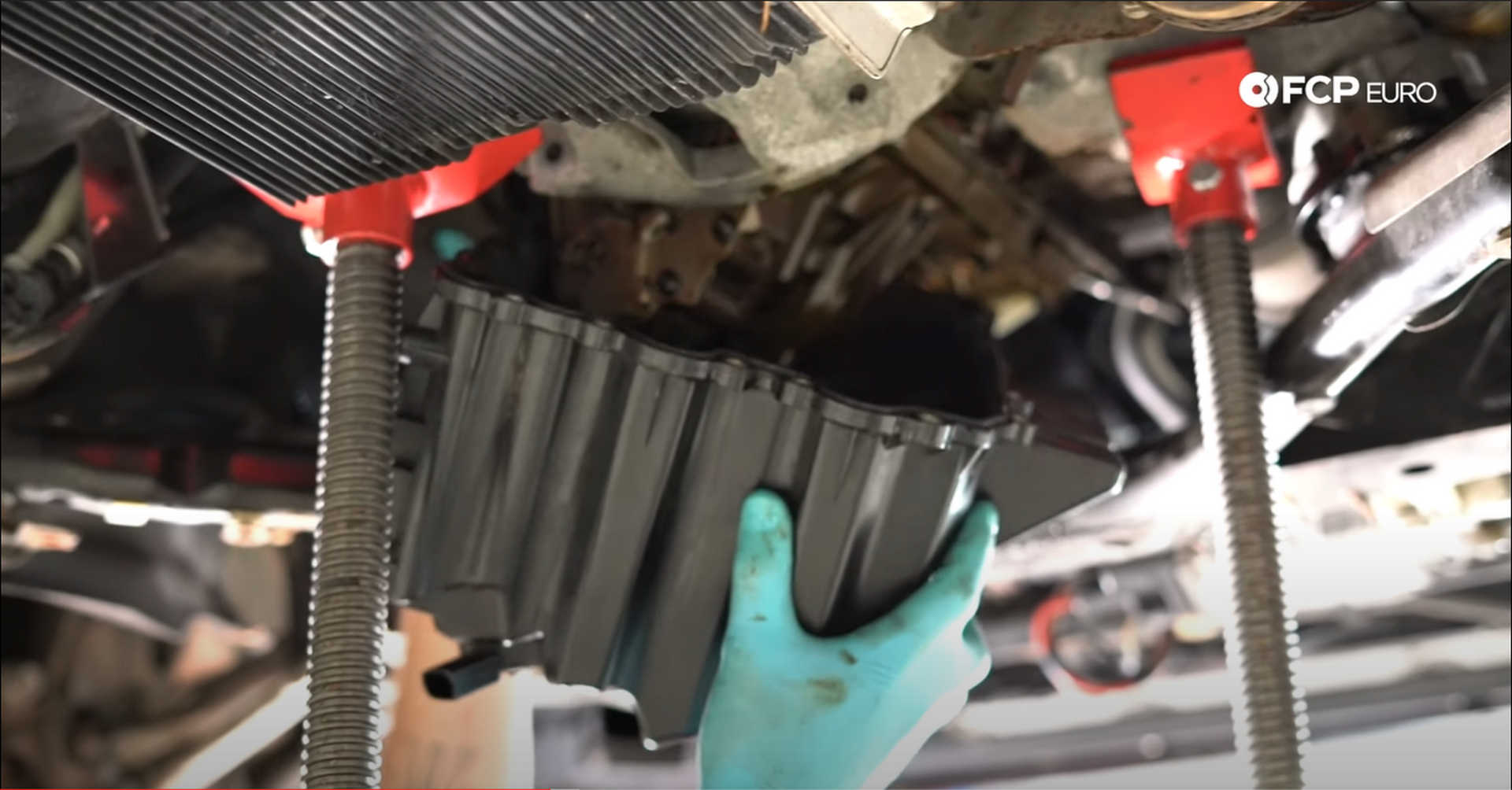 DIY BMW N20 Timing Chain installing the oil pan