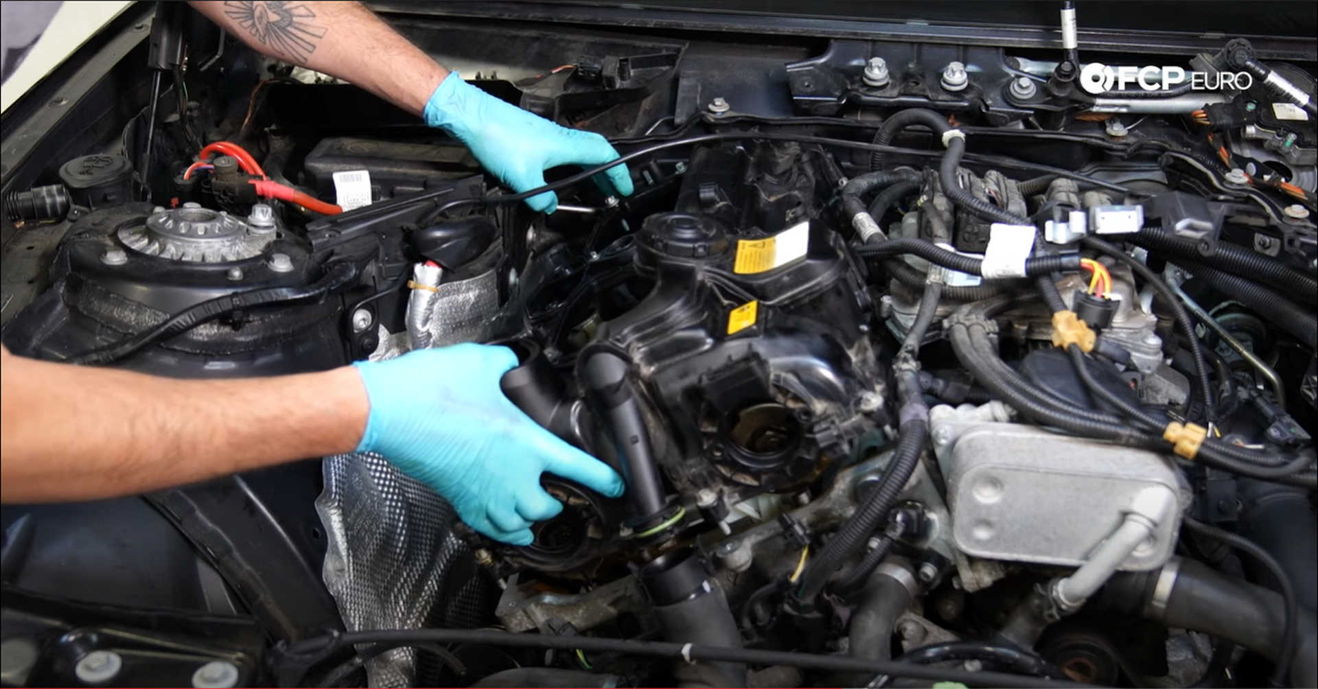 DIY BMW N20 Timing Chain installing the valve cover
