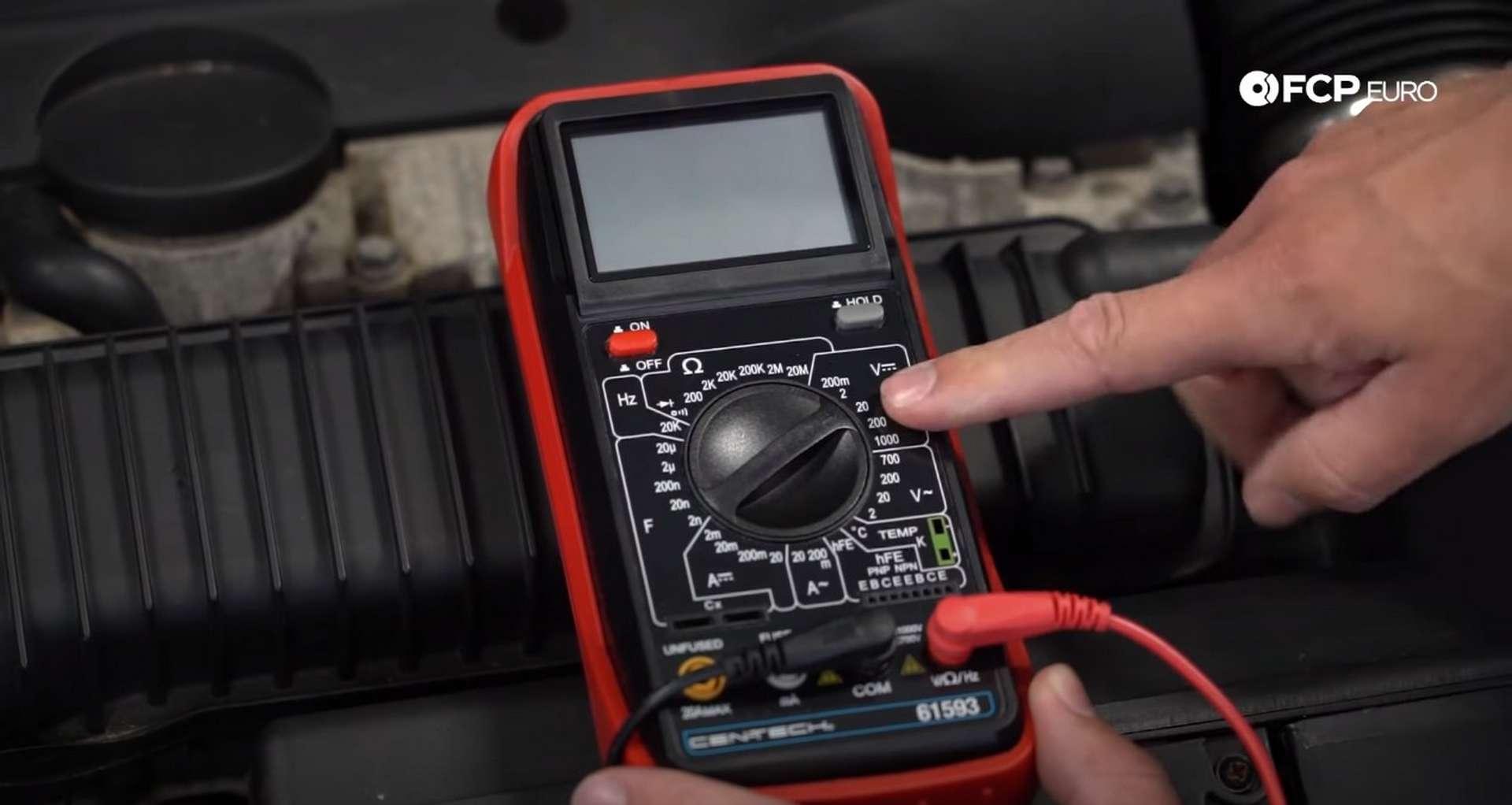 Tech Tip Failing Battery V.S. Failing Alternator choosing the correct multimeter setting