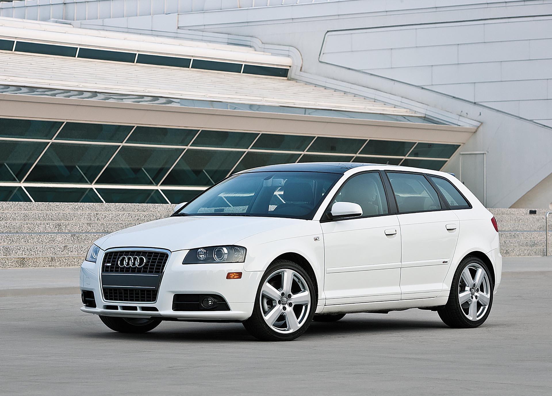 01_Audi A3 8P 3.2 02_Quattro VR6 S Tronic front