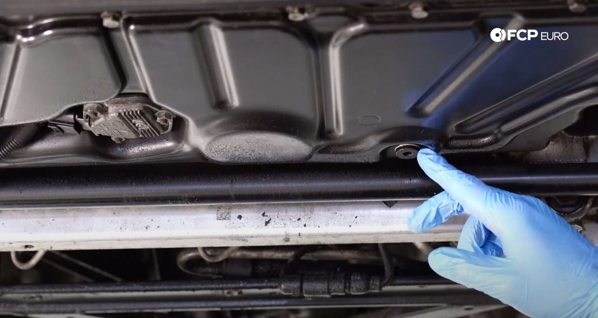 DIY Audi 4.2 V8 Oil Change drain plug location