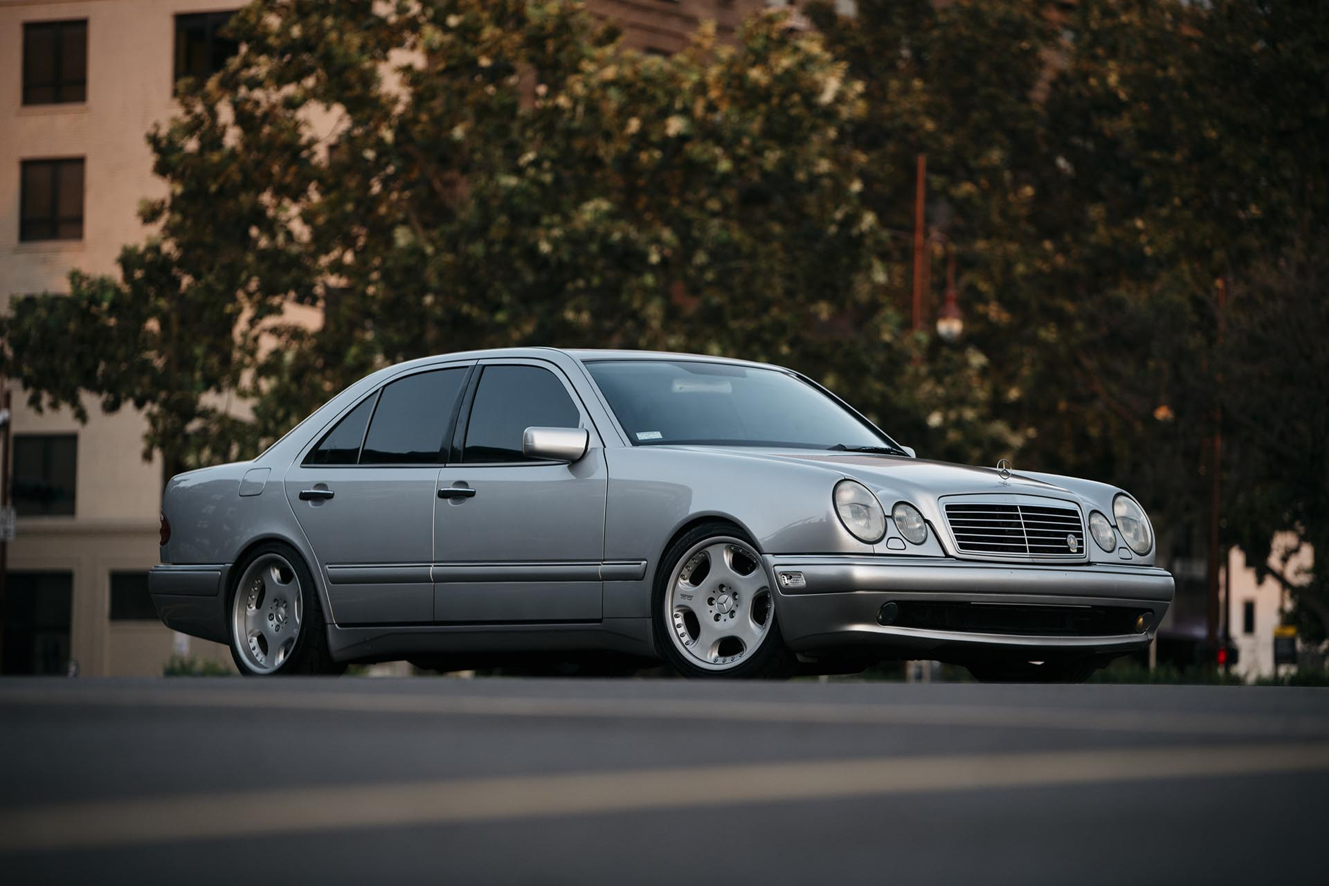 01_Mercedes-Benz E55 AMG manual swapped front profile 02