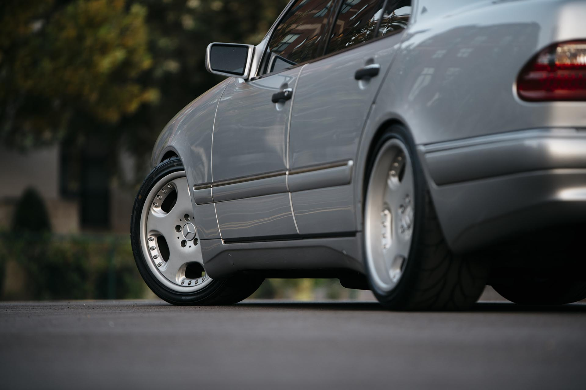 09_Mercedes-Benz E55 AMG manual swapped OZ wheels