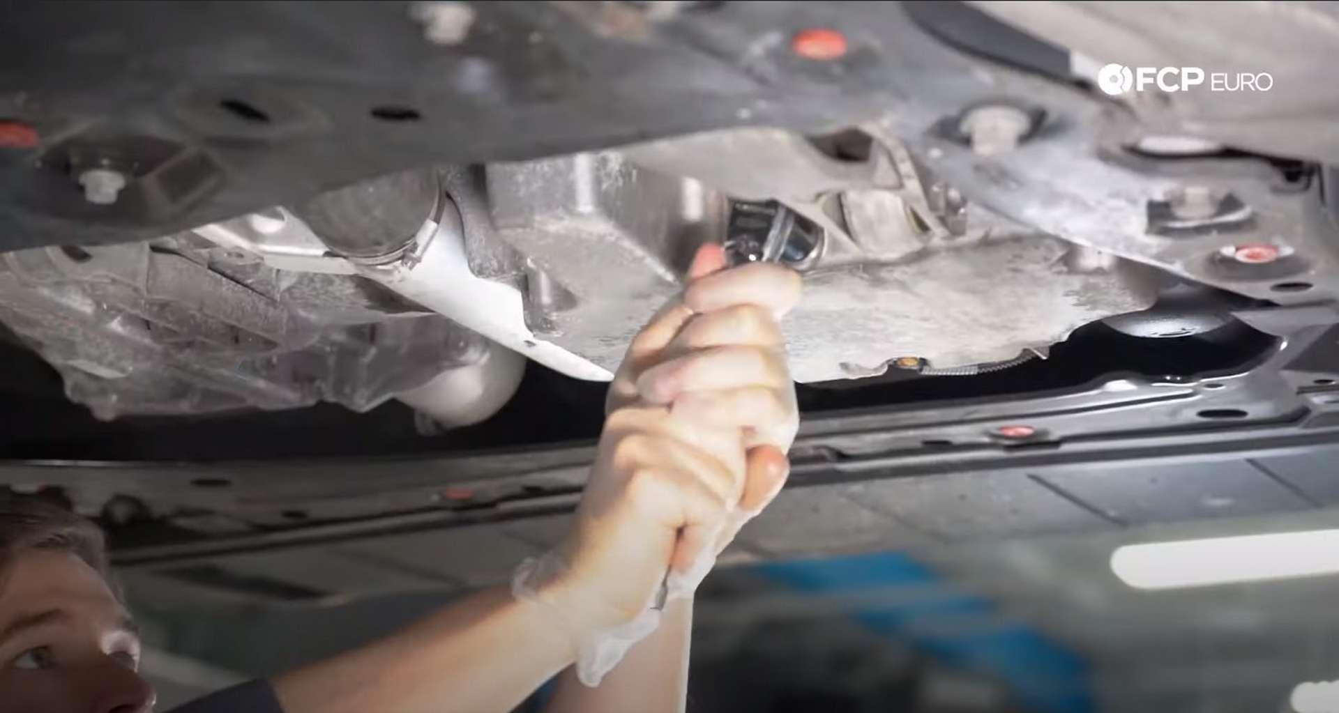 DIY Volvo SPA Oil Change removing the drain plug