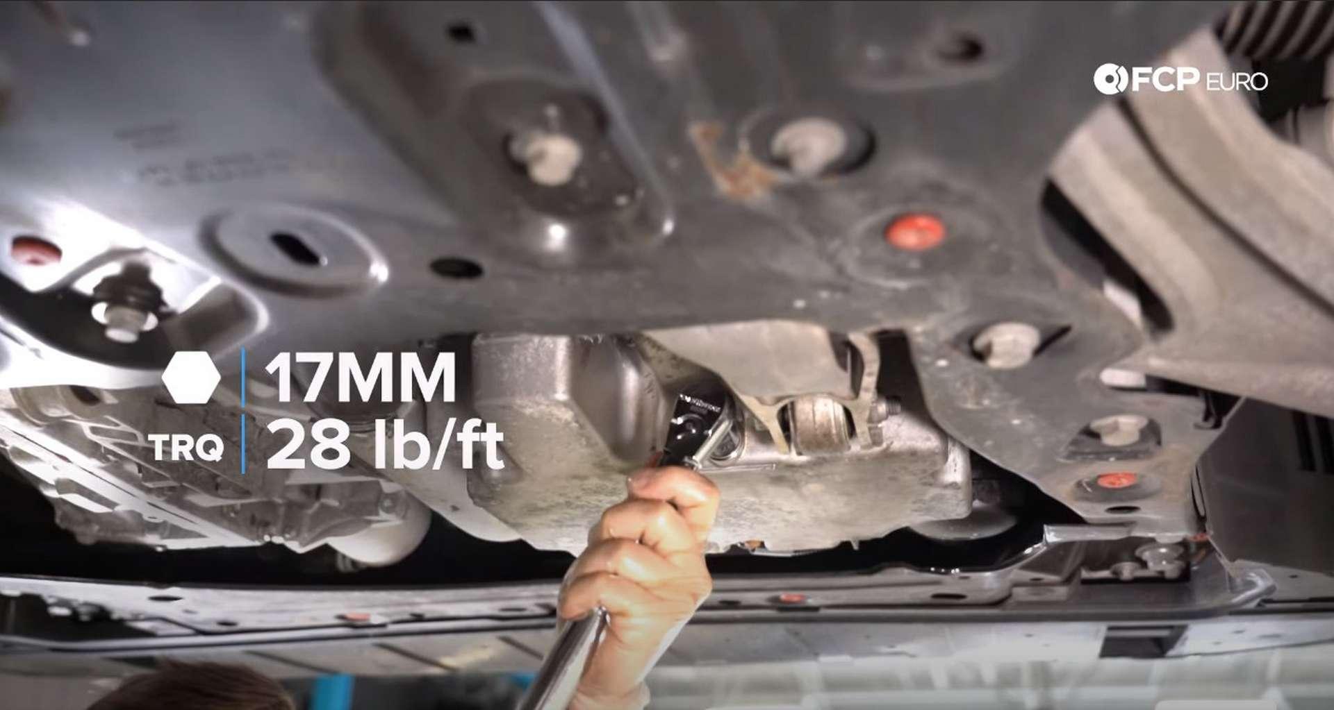 DIY Volvo SPA Oil Change torquing the drain plug