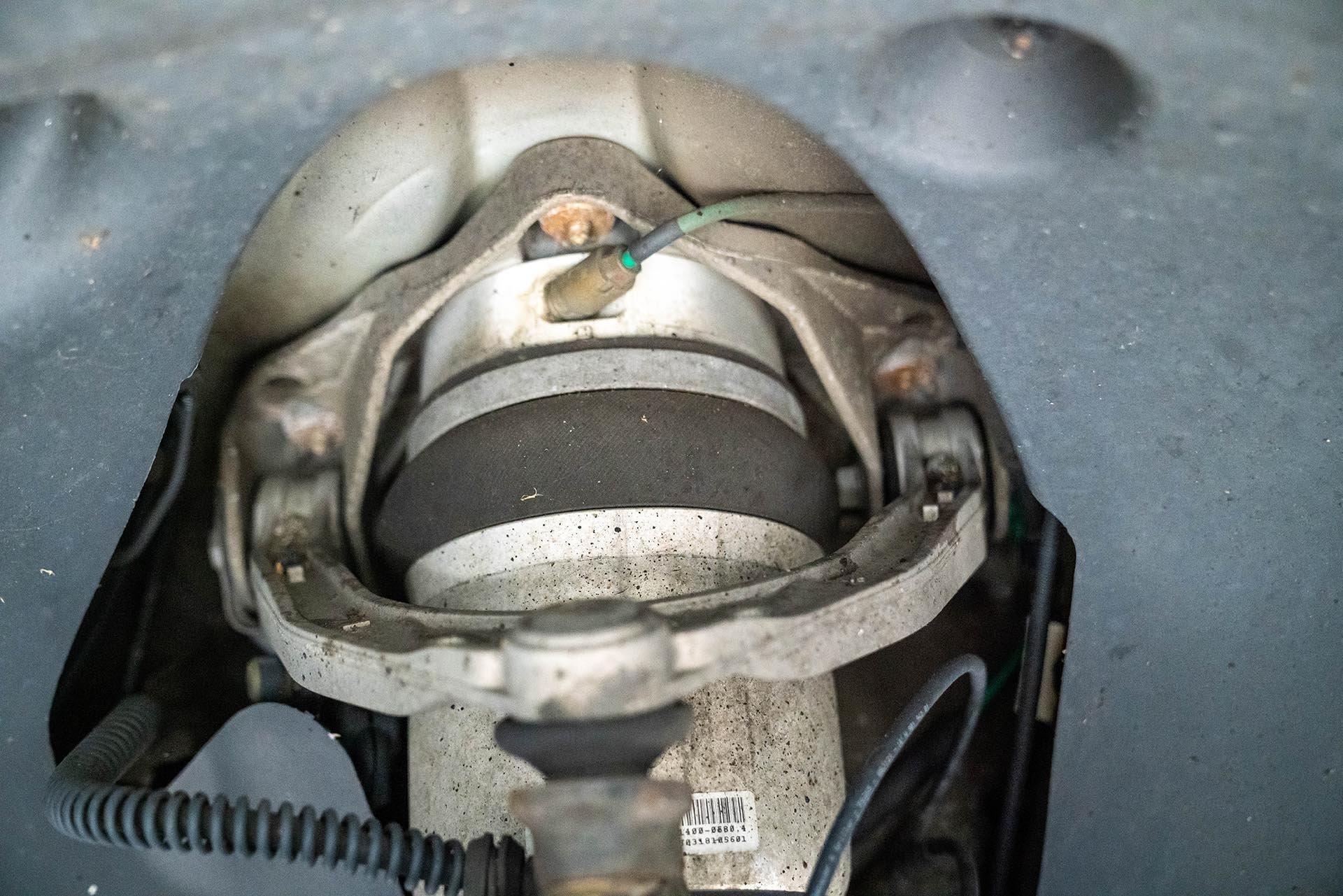 07_Porsche Cayenne 955 957 PASM air suspension connection