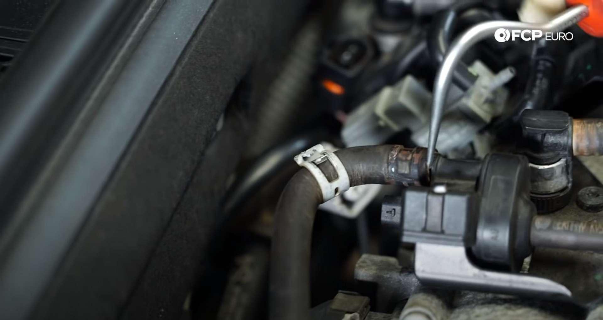 DIY Audi 3.0t Walnut Blasting Intake Valves removing evap hose