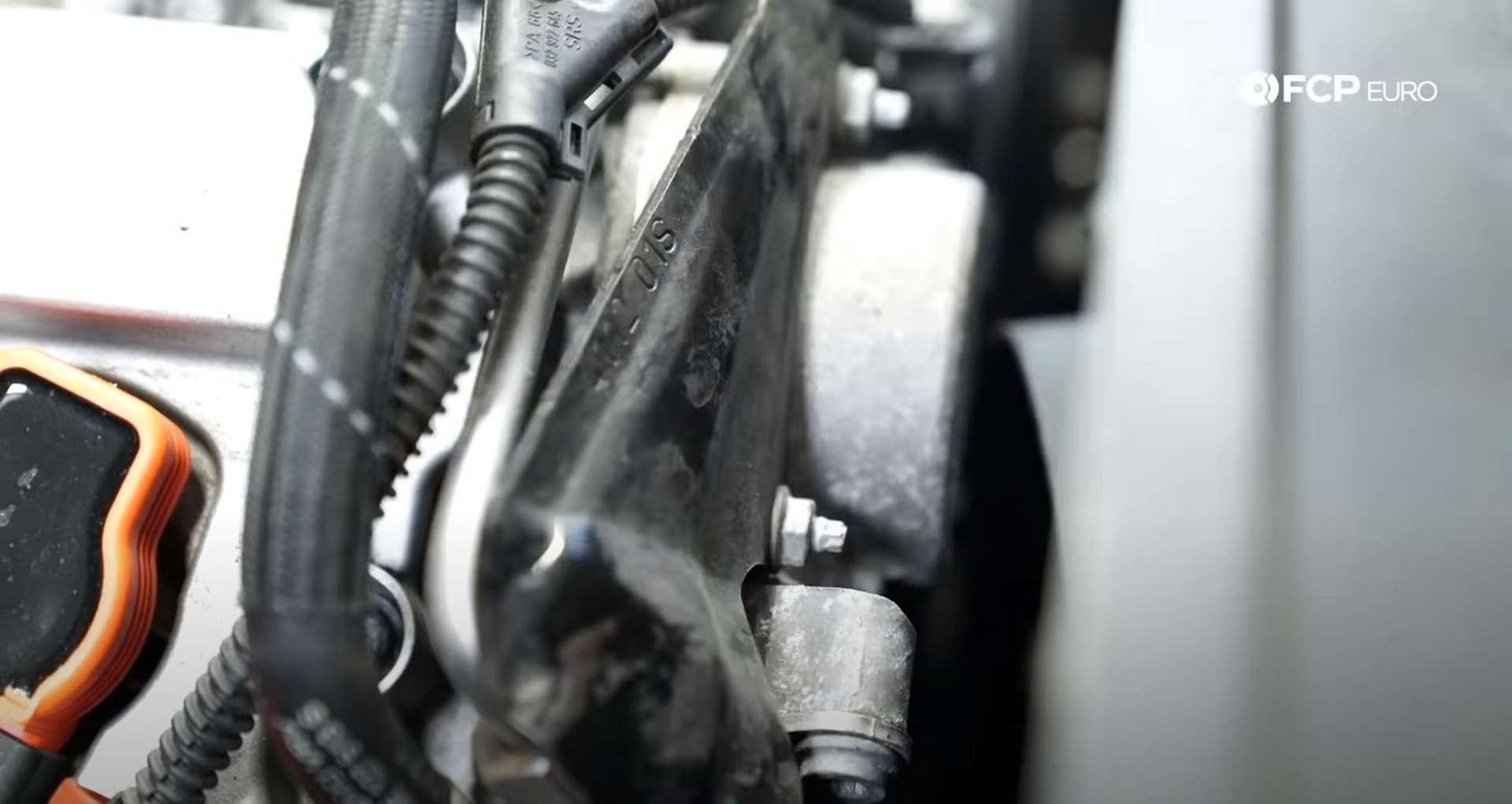 DIY Audi 3.0t Walnut Blasting Intake Valves high-pressure fuel pump cover location