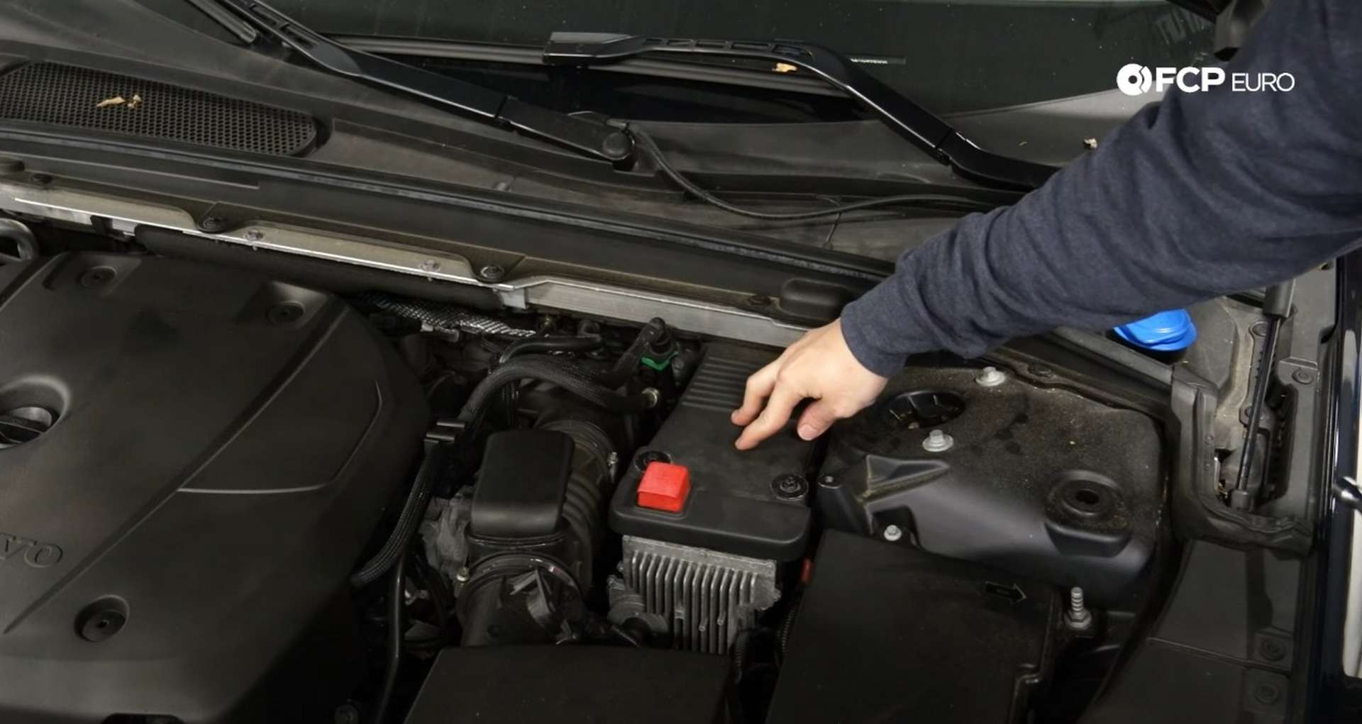 DIY Volvo SPA auxiliary Battery Check and Replacement locating the battery
