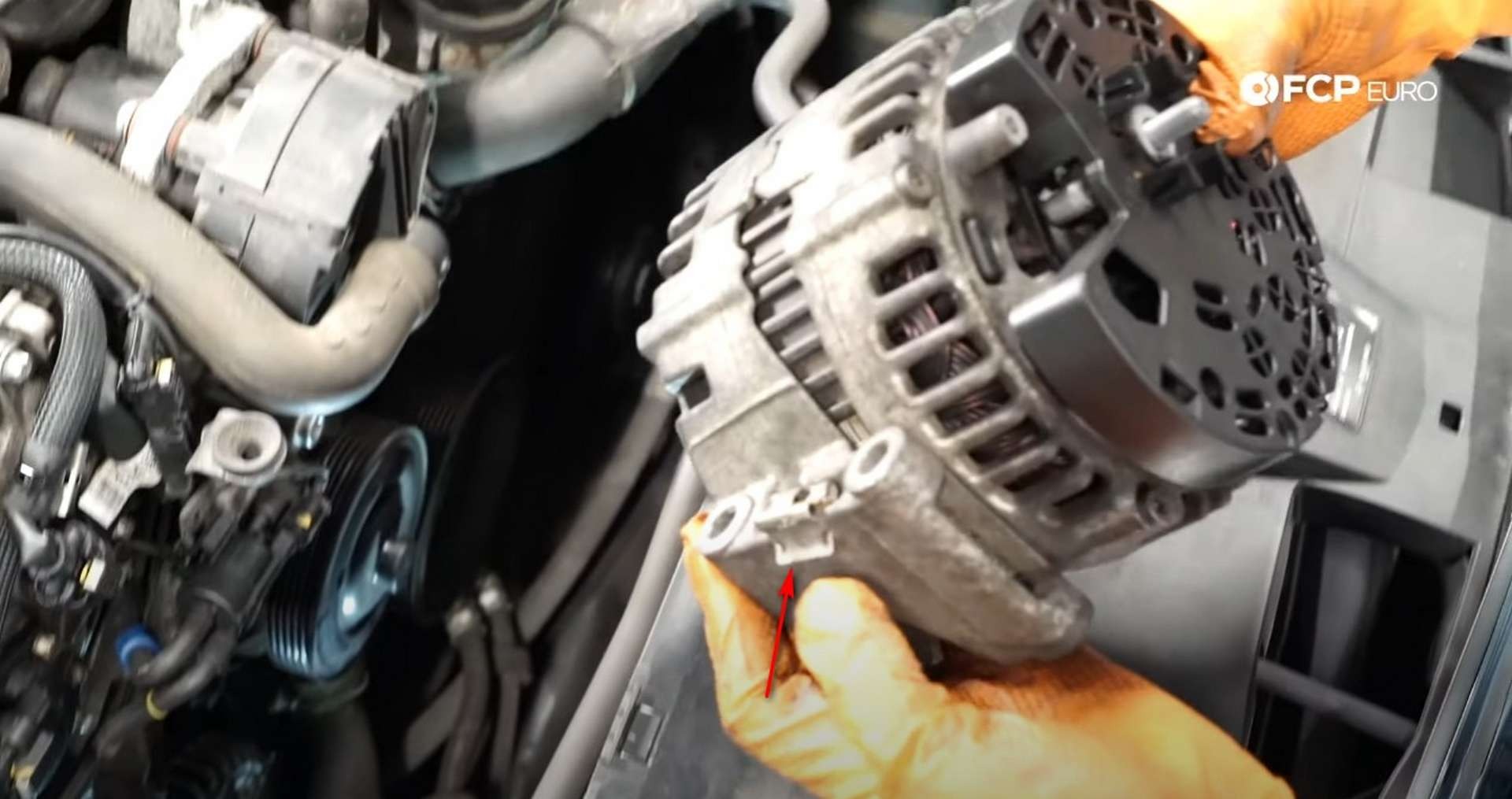 DIY Mercedes W212/204 Alternator and Drive Belt Replacement spring clip location on the old alternator