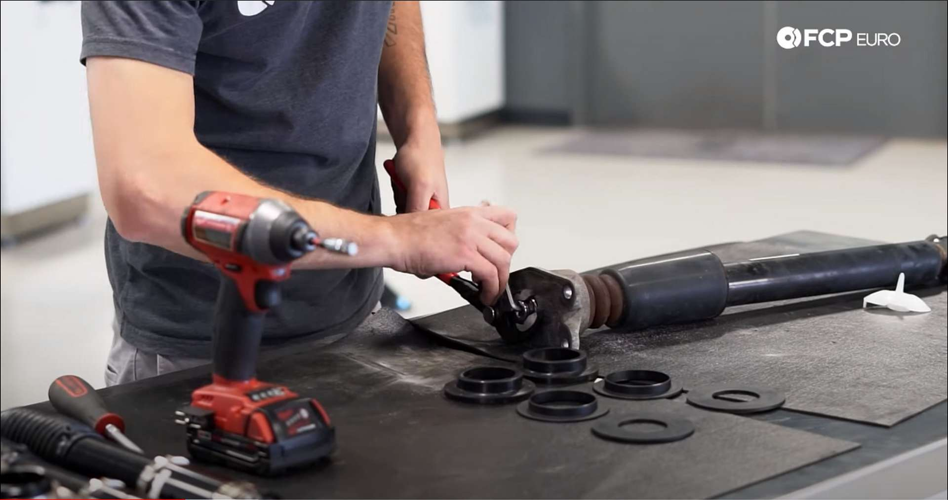 DIY BMW F30 xDrive Coilovers removing the shock mount