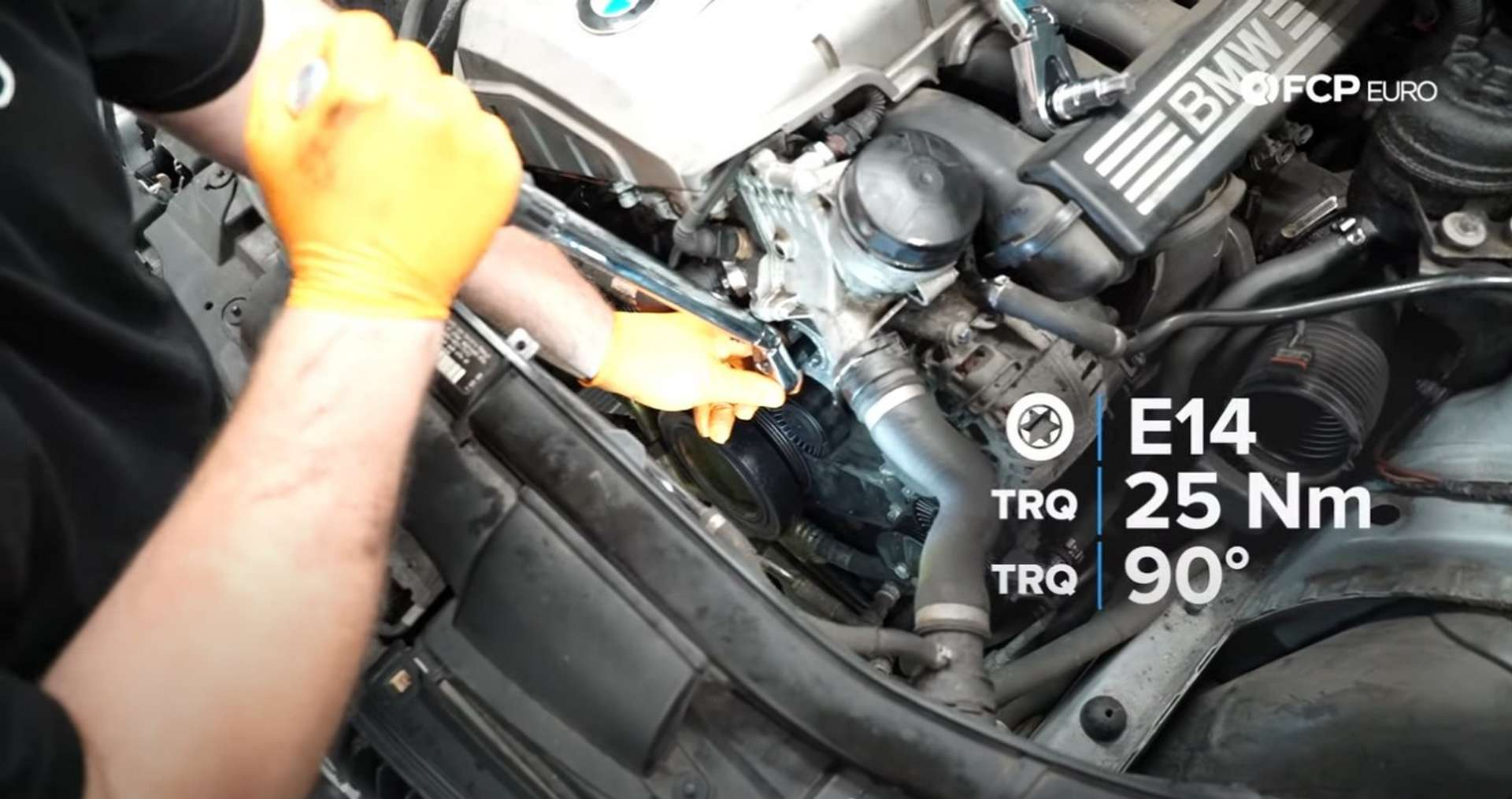DIY BMW N52 Drive Belt Replacement torquing the tensioner's bolt and torque specs