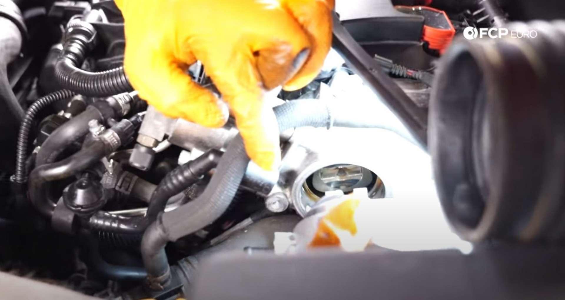 DIY VW GTI MK.5 Vacuum Pump Replacement fitting the new pump