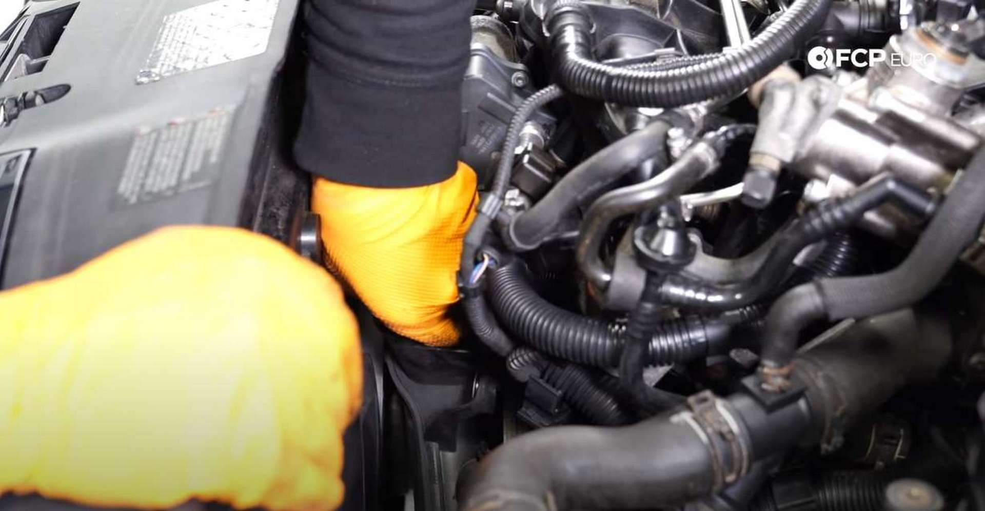 10-DIY-Mk5-GTI-Oil-FIlter-Housing_Removing-Intake-Components