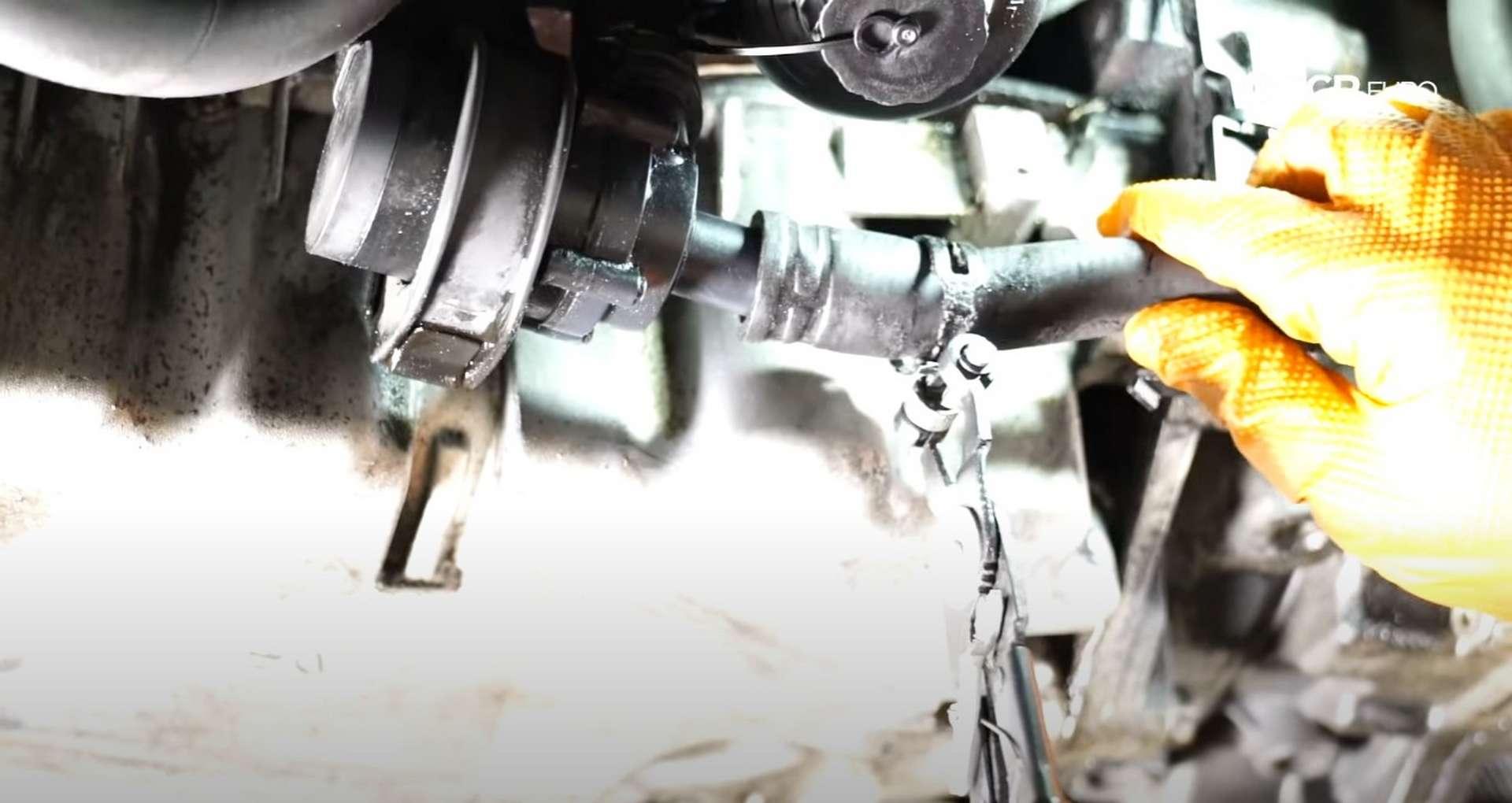 30-DIY-Mk5-GTI-Oil-FIlter-Housing_Reinstalling-Oil-Cooler