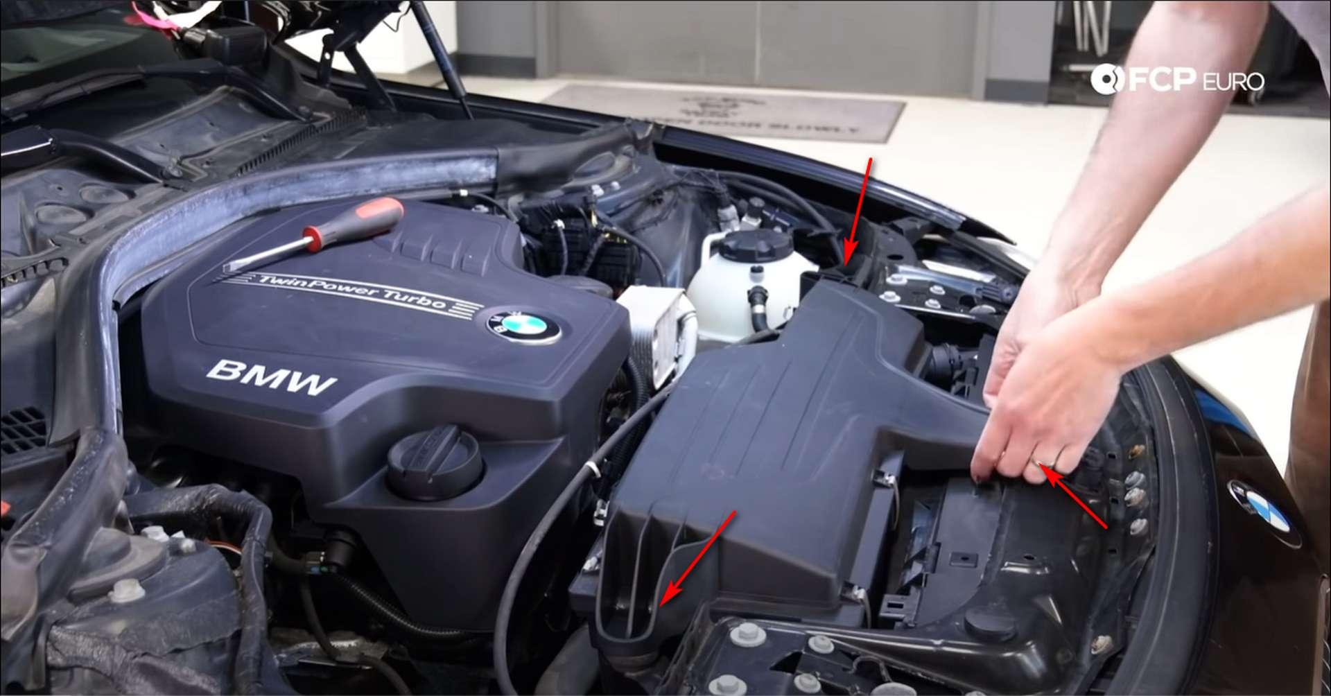 02-DIY-N20-Water-Pump-Thermostat-Replacement_Removing-Intake
