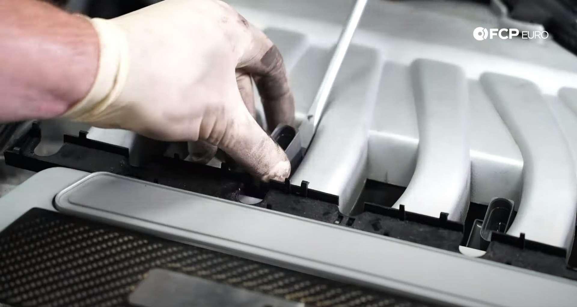37-DIY-VW-VR6-Valve-Cover-Gasket-Removing-Intake-Manifold
