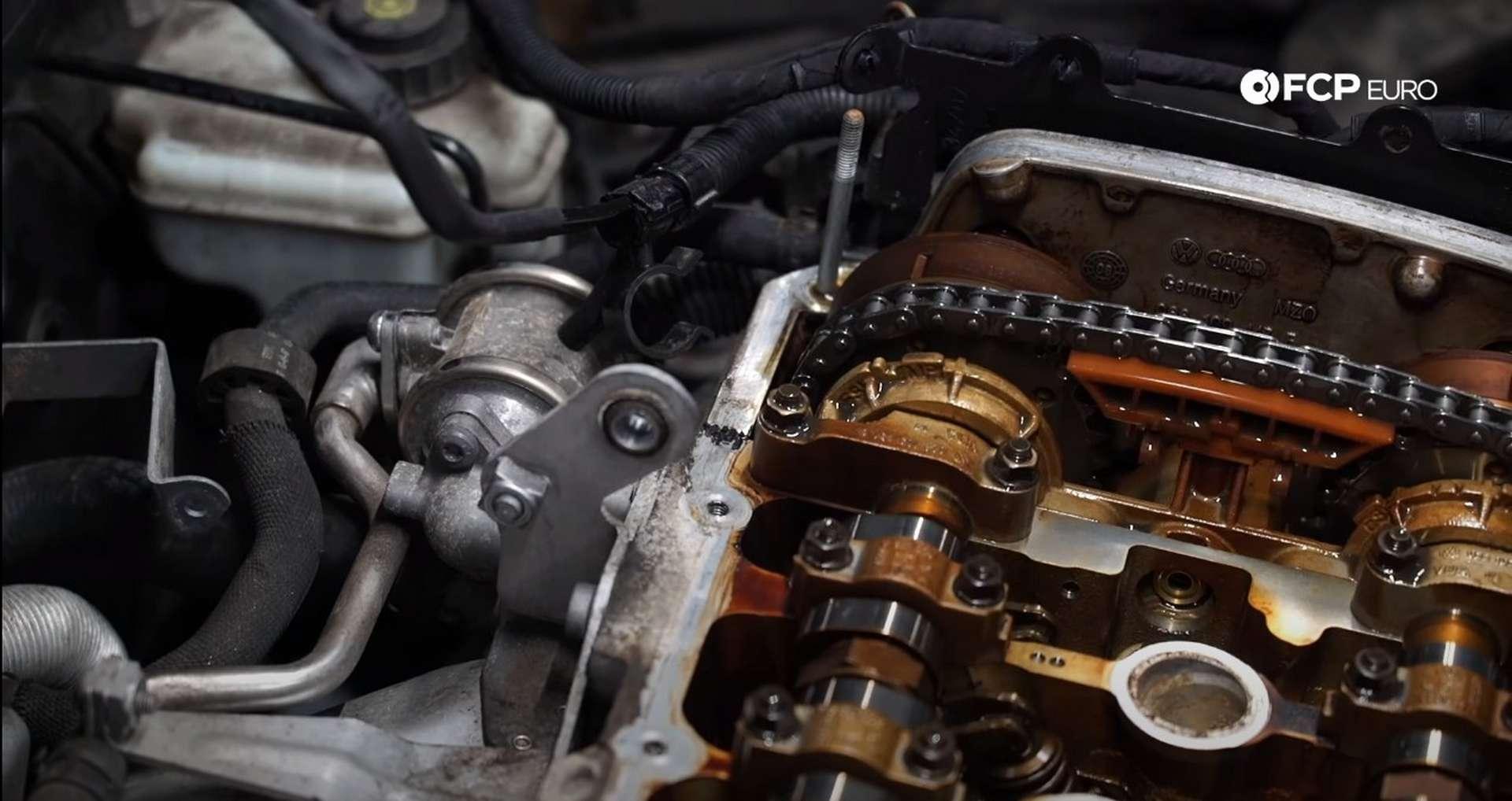 47-DIY-VW-VR6-Valve-Cover-Gasket-Replacing-Gasket