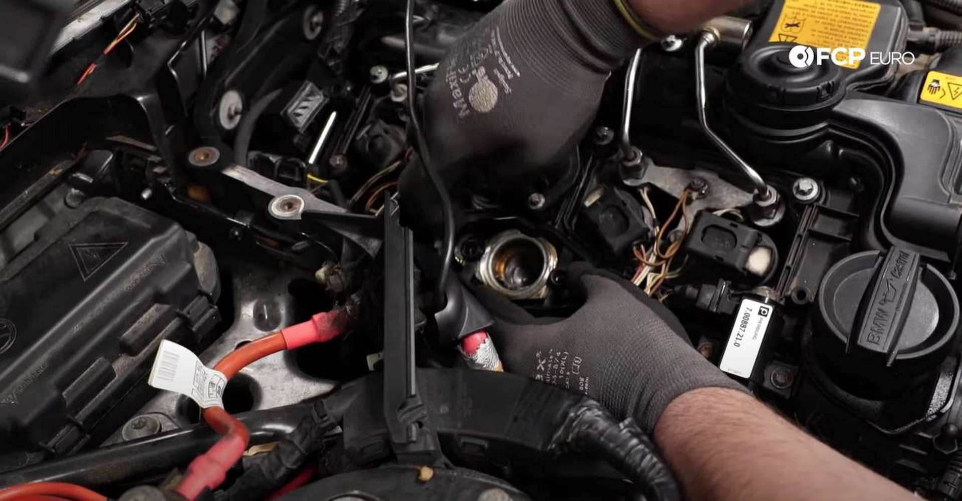 DIY BMW F30 High-Pressure Fuel Pump Replacement pressing the new gasket into place