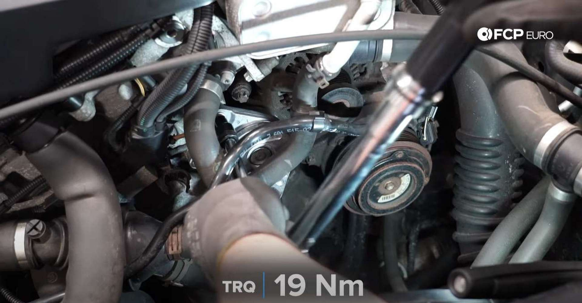 DIY BMW F30 Serpentine Belt Replacement torquing the tensioner's bolts
