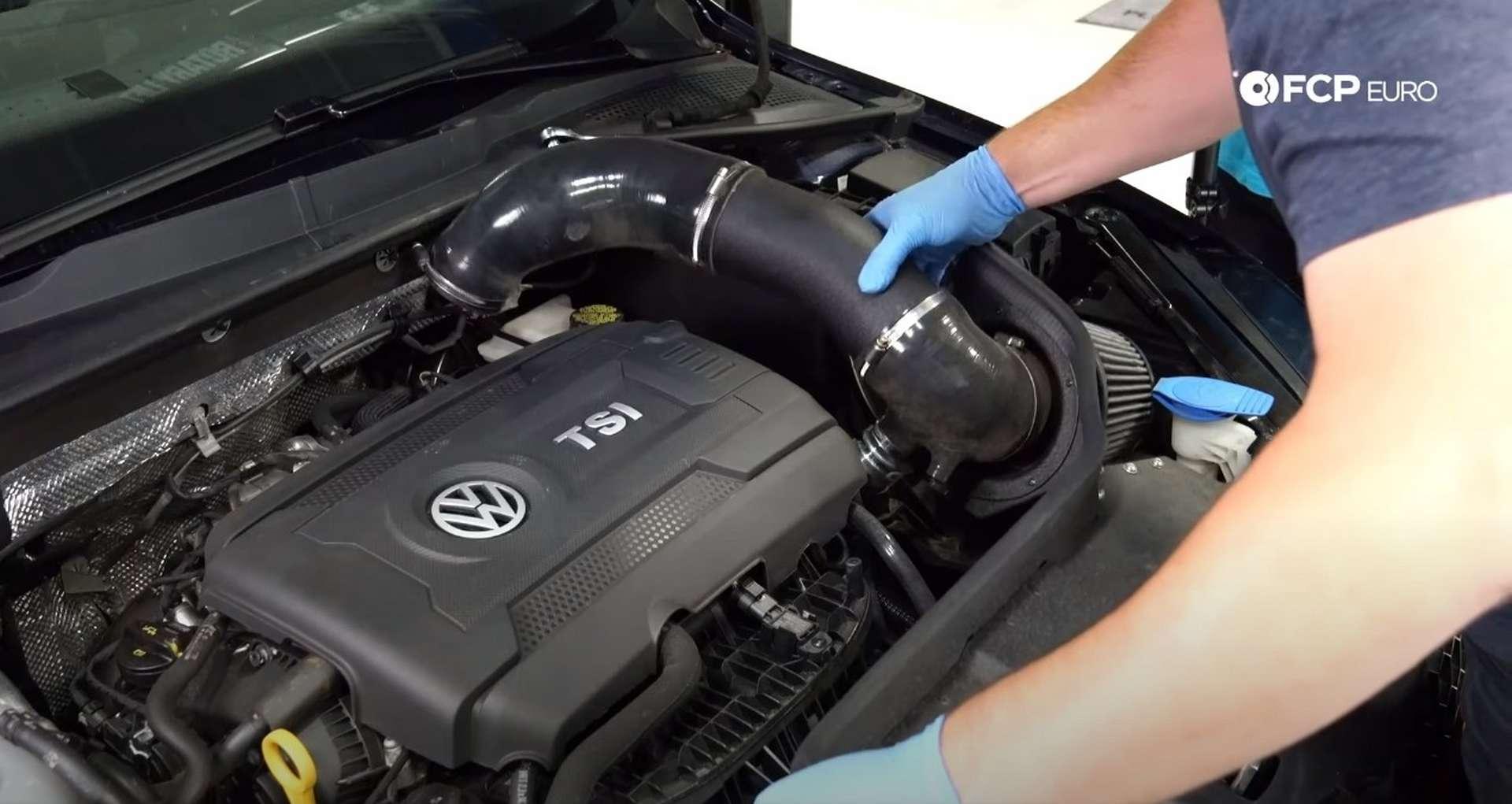 03-DIY_VW_GTI_Clutch-Job-Removing-Intake
