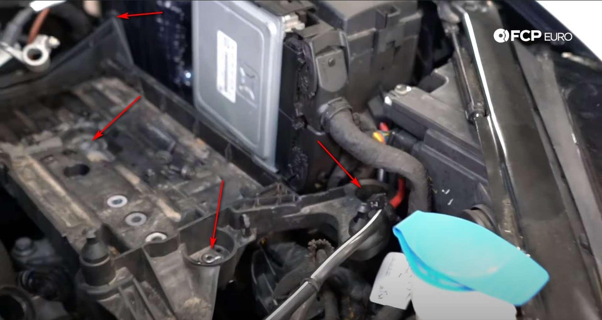 05-DIY_VW_GTI_Clutch-Job-Removing-Battery