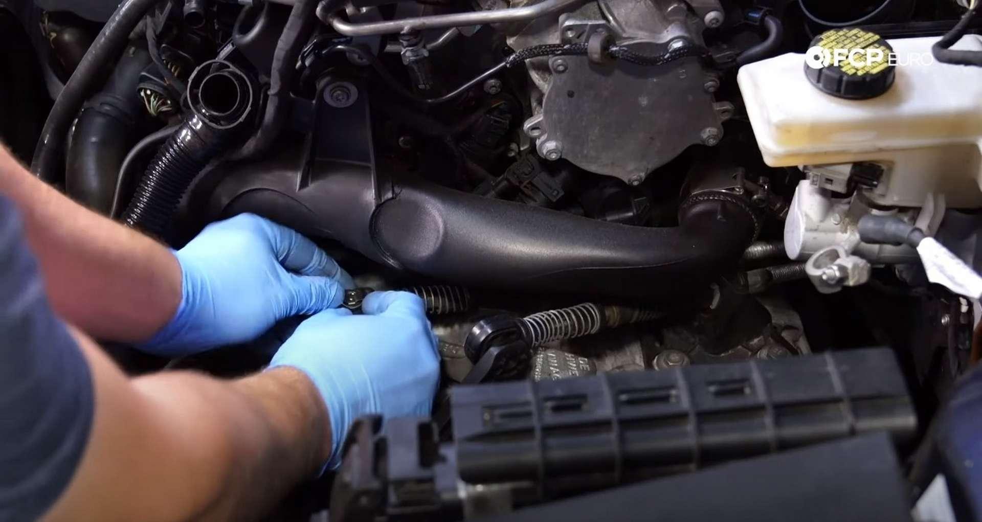 06-DIY_VW_GTI_Clutch-Job-Prepping-Topside-Transmission
