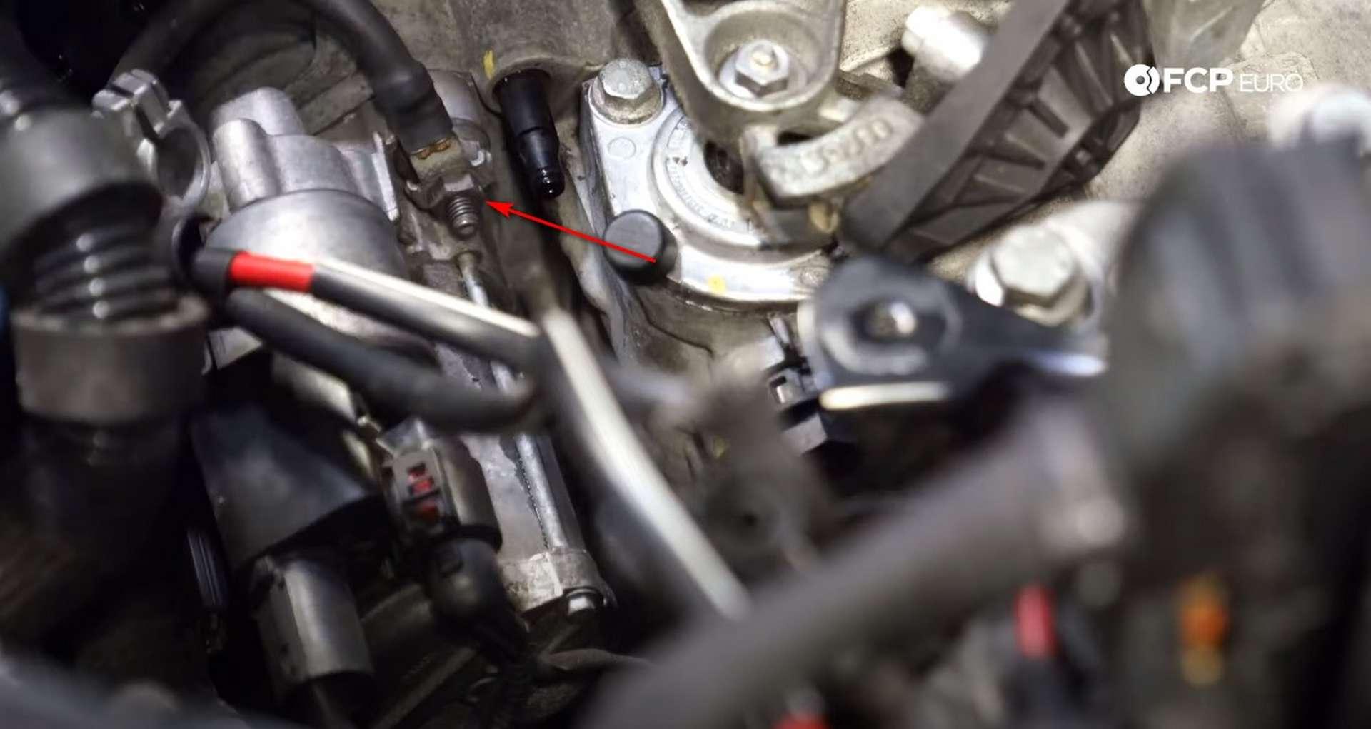 14-DIY_VW_GTI_Clutch-Job-Prepping-Topside-Transmission