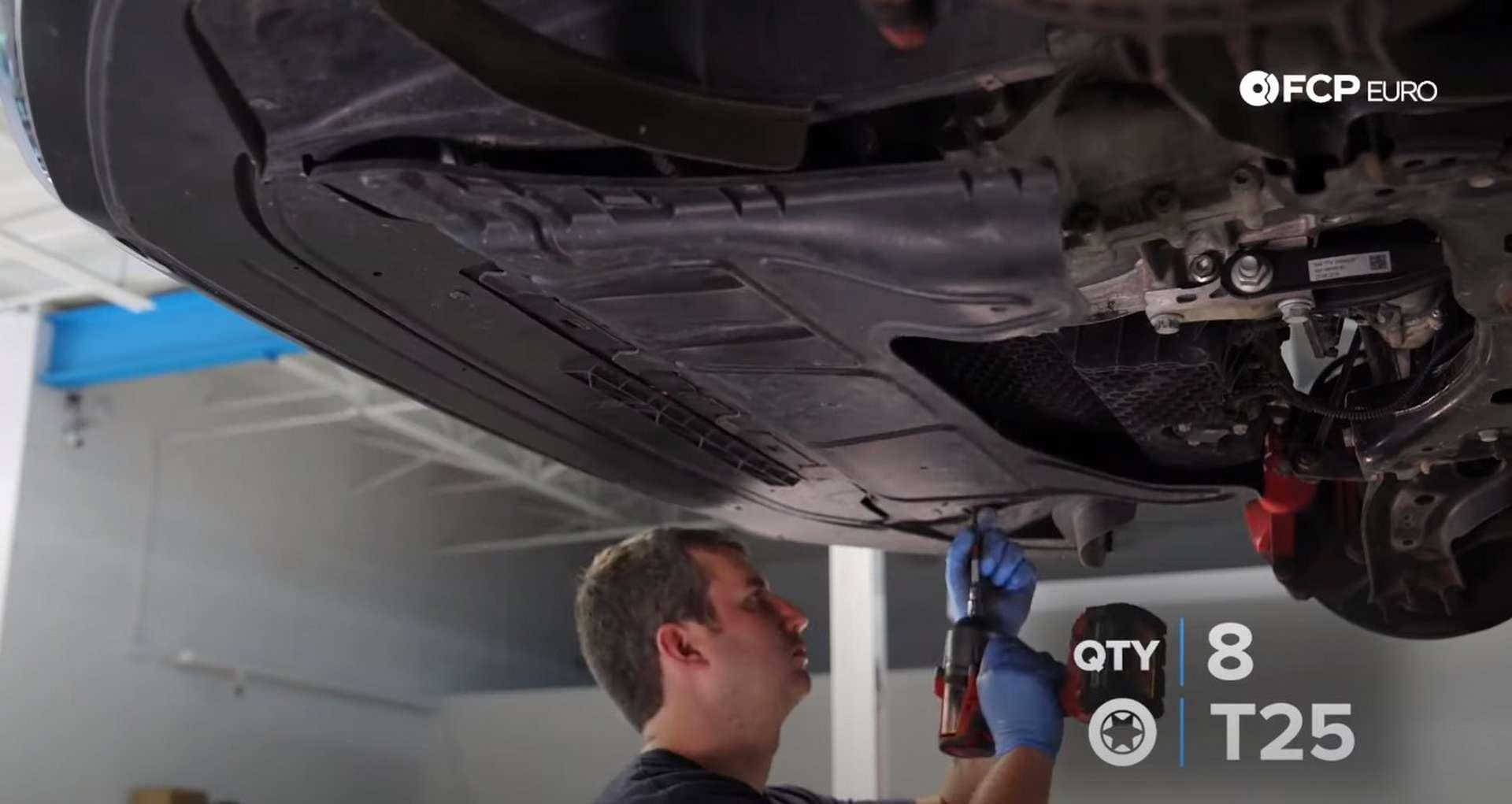 17-DIY_VW_GTI_Clutch-Job-Draining-Fluids
