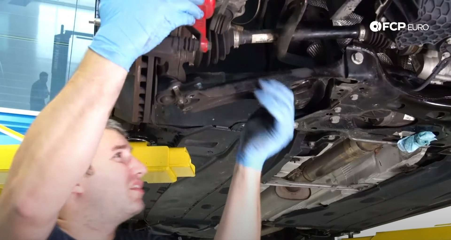 26-DIY_VW_GTI_Clutch-Job-Removing-Charge-Pipe
