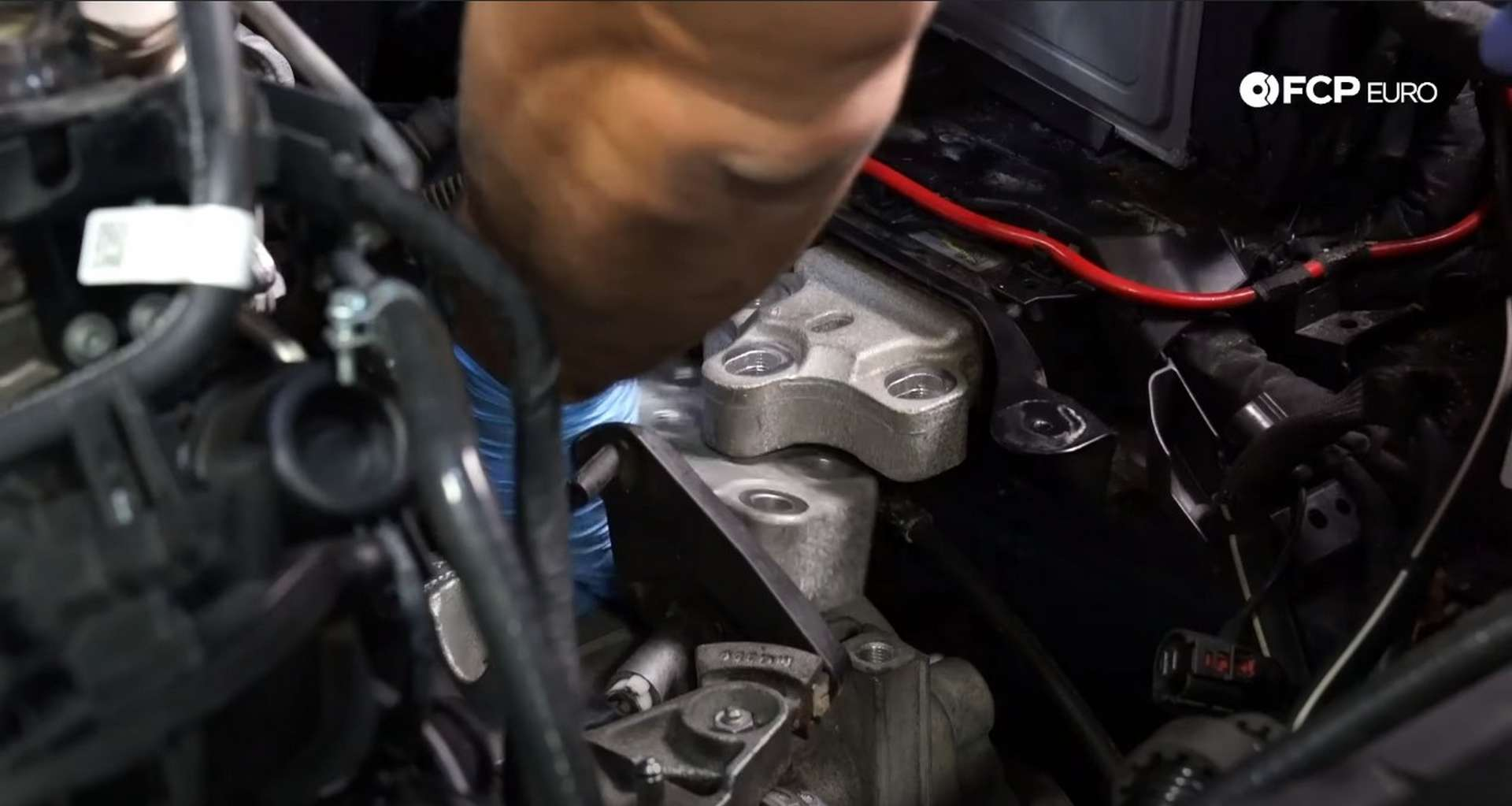 41-DIY_VW_GTI_Clutch-Job-Removing-Transmission
