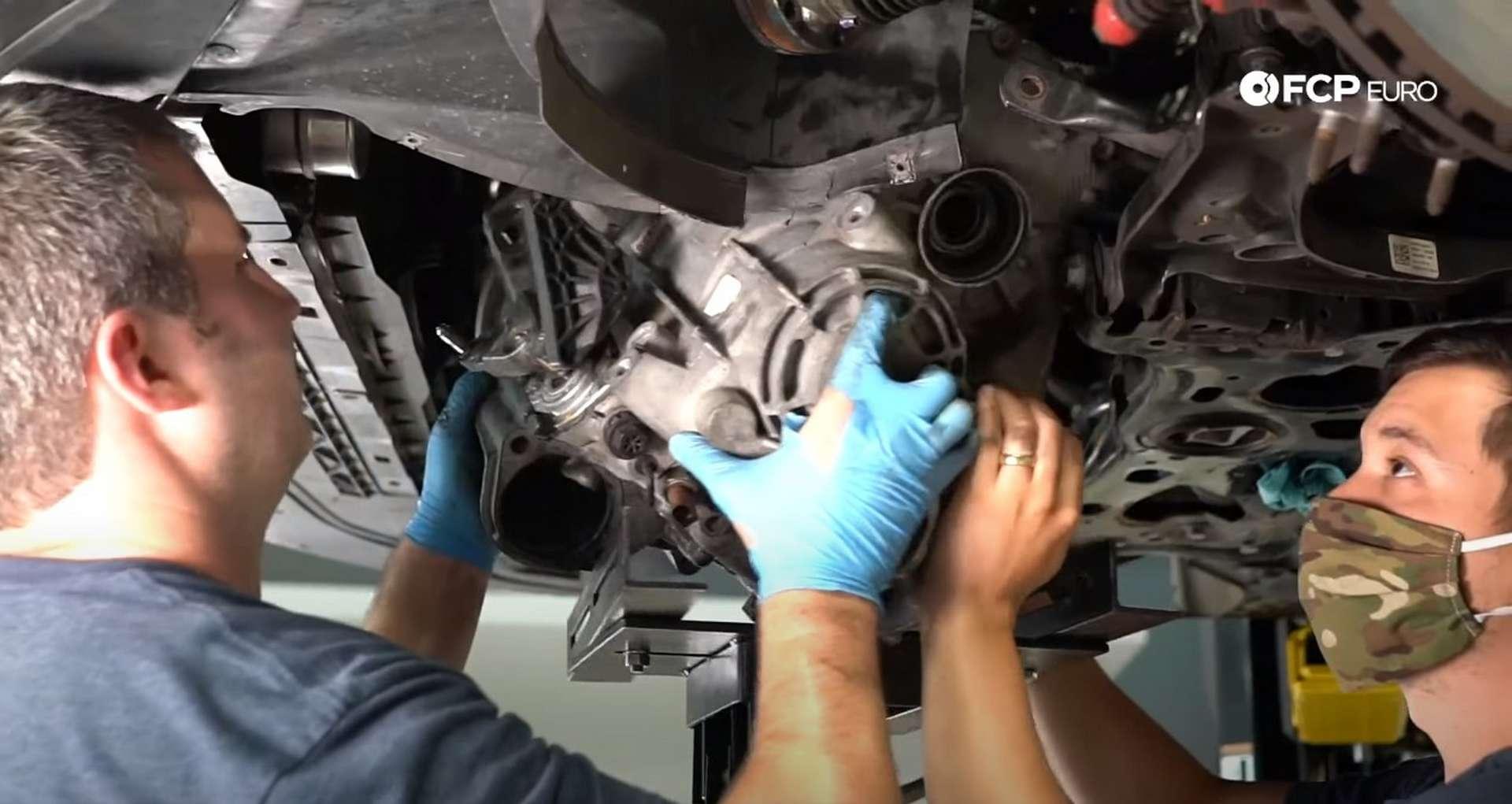 44-DIY_VW_GTI_Clutch-Job-Removing-Transmission