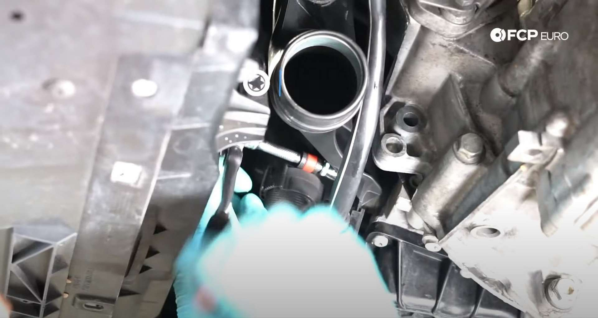 63-DIY_VW_GTI_Clutch-Job-Reinstalling-Starter
