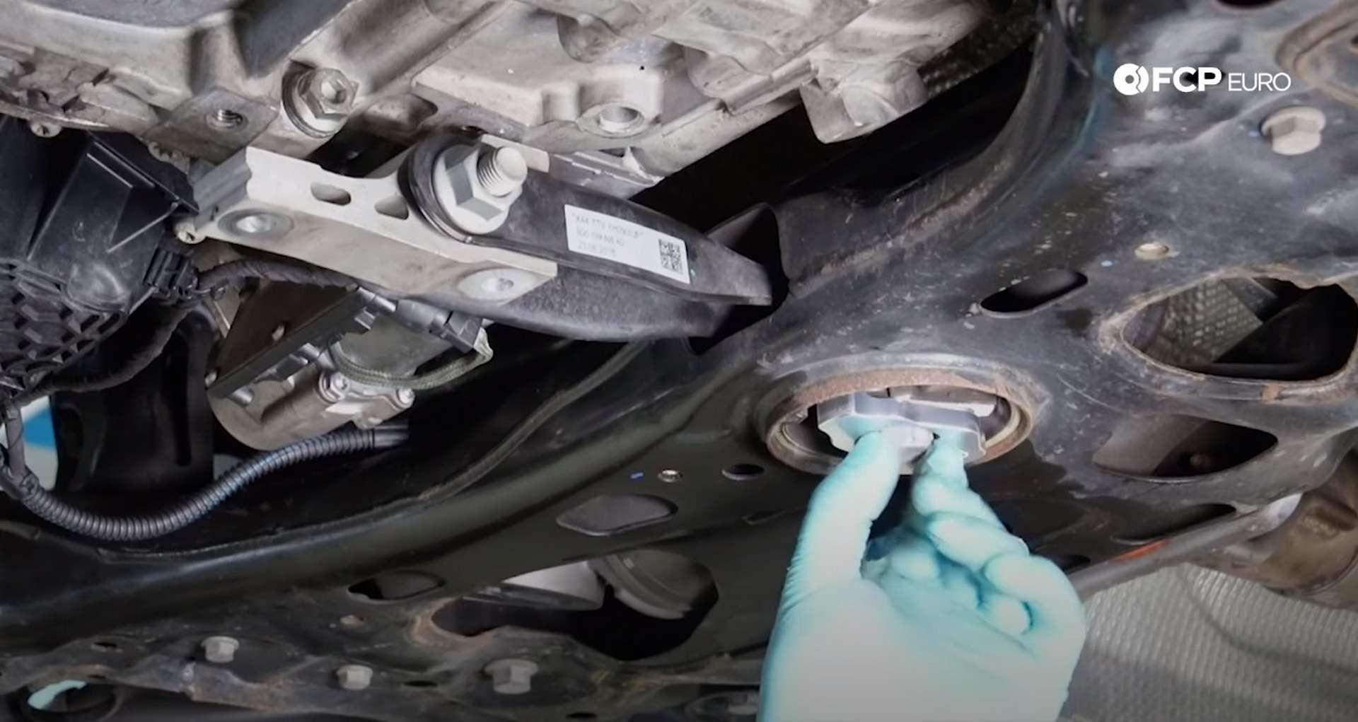 65-DIY_VW_GTI_Clutch-Job-Reinstalling-Starter