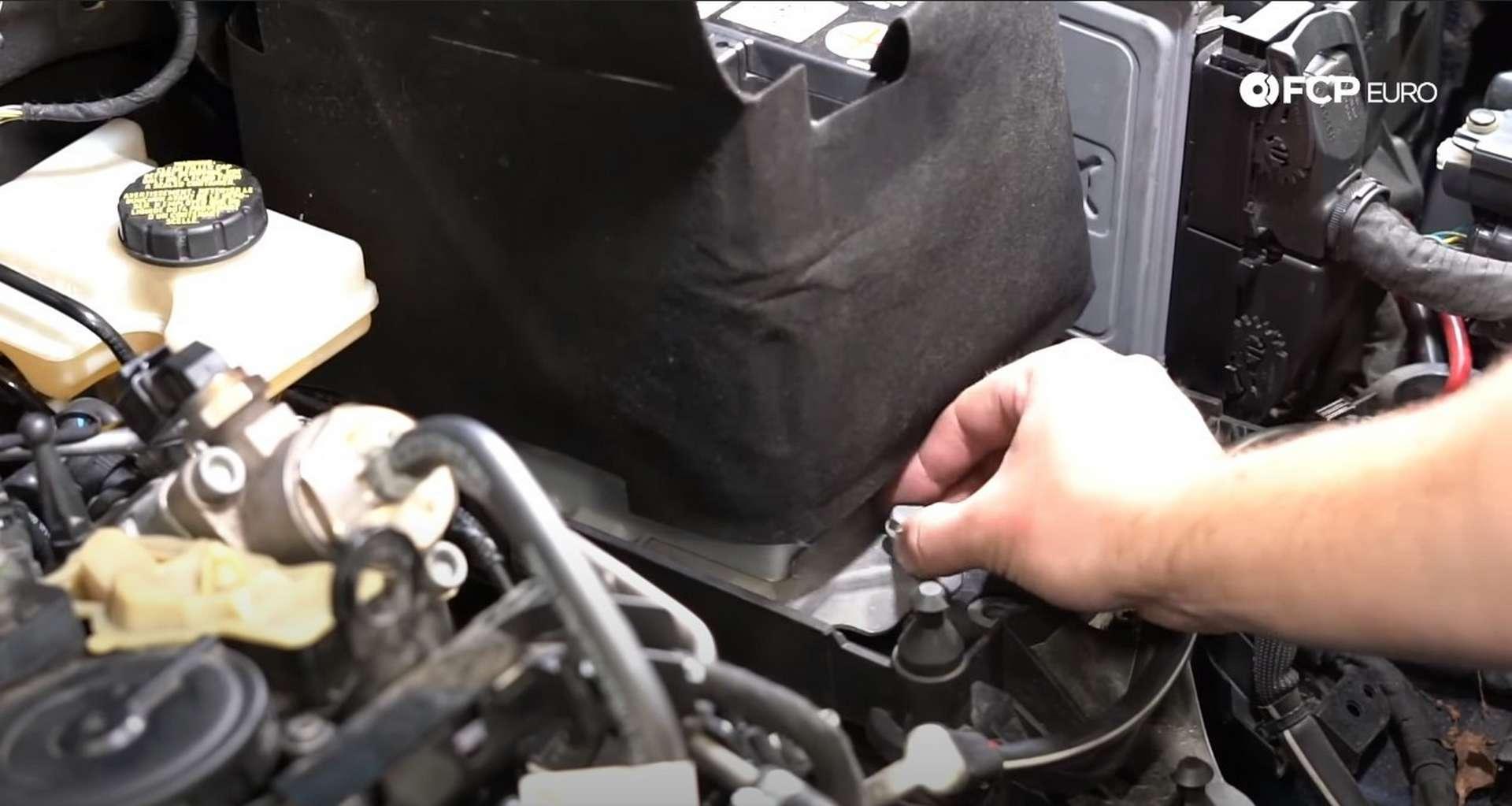 73-DIY_VW_GTI_Clutch-Job-Installing-Battery