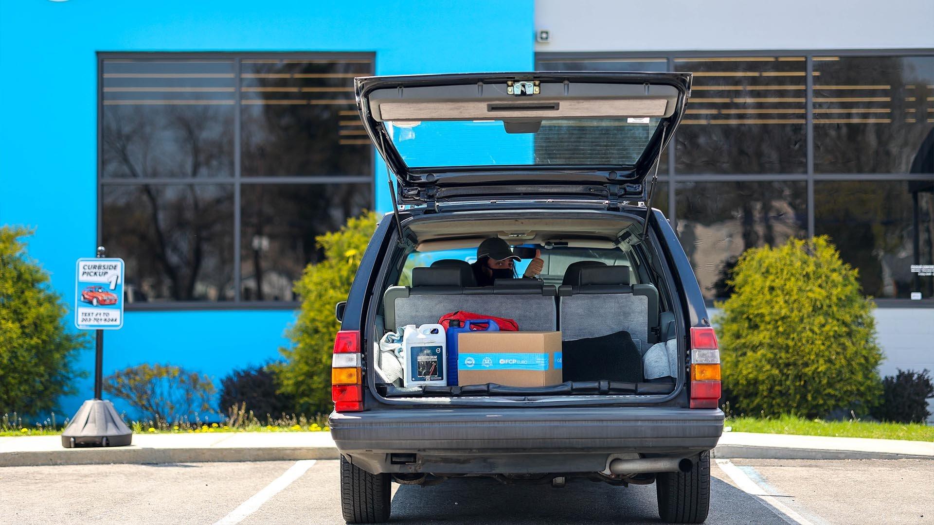 curbside-pickup-3