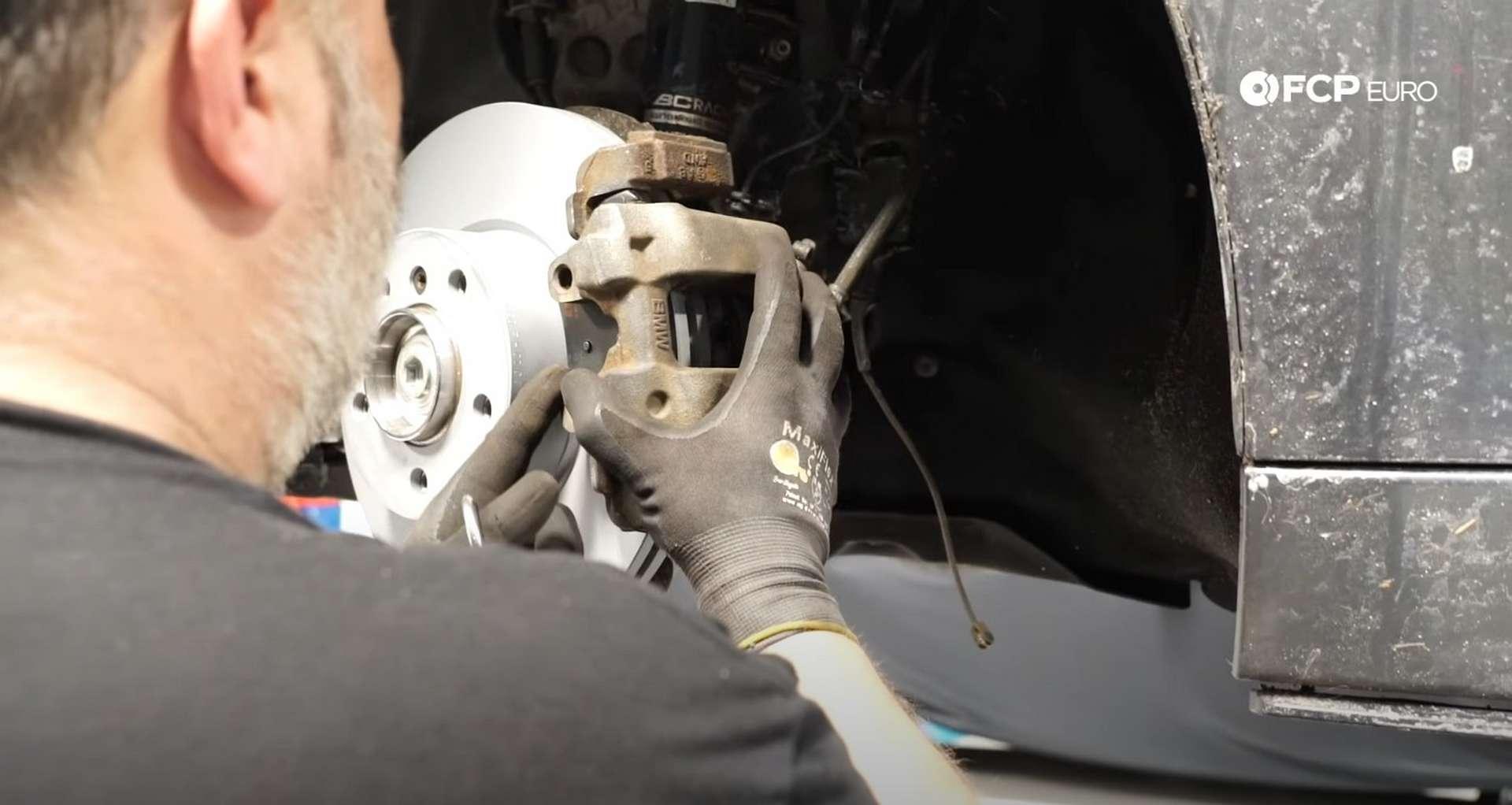08-DIY-BMW-F30-Front-Brake-Service_Refitting-The-Caliper