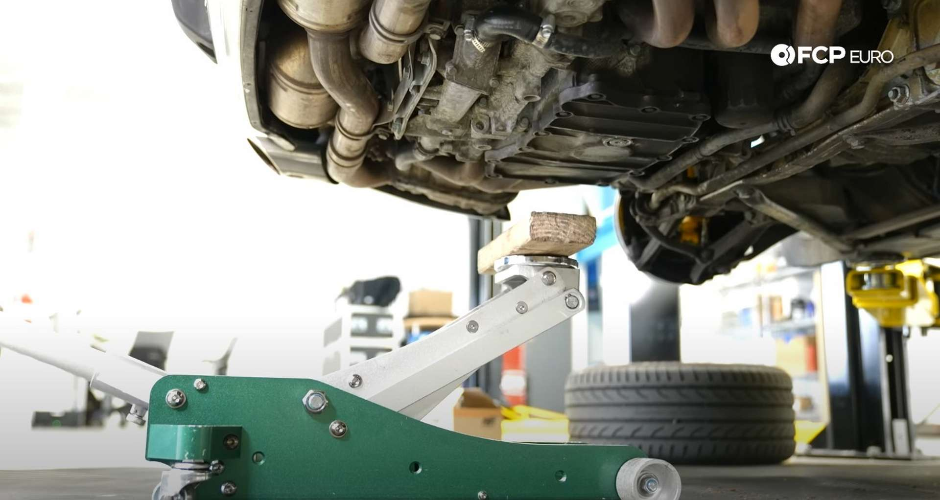 Porsche 996 Engine Mount Replacement jack support location