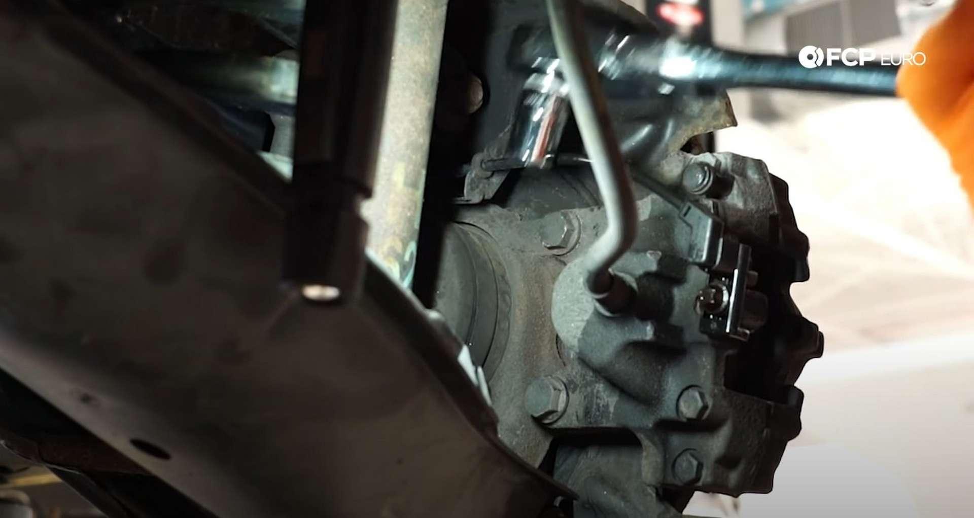 05-DIY-Mercedes-W203-Rear-Brake-Service_Removing-Caliper