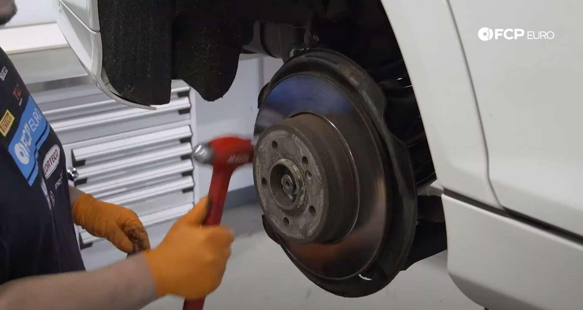 06-DIY-Mercedes-W203-Rear-Brake-Service_Replacing-Rotor