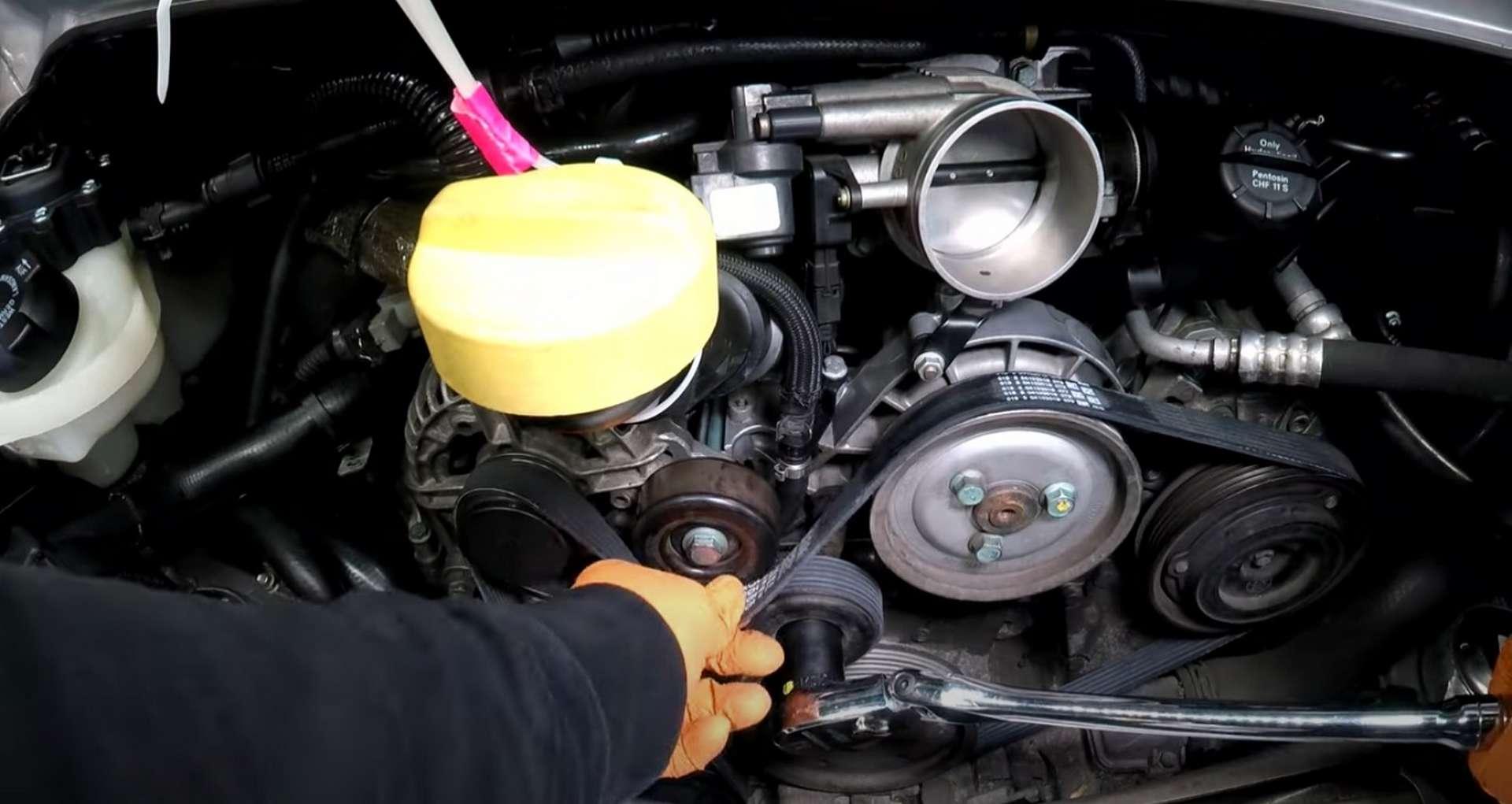 06-DIY-Porsche-996-Accessory-Belt-Replacement_Removing_Belt