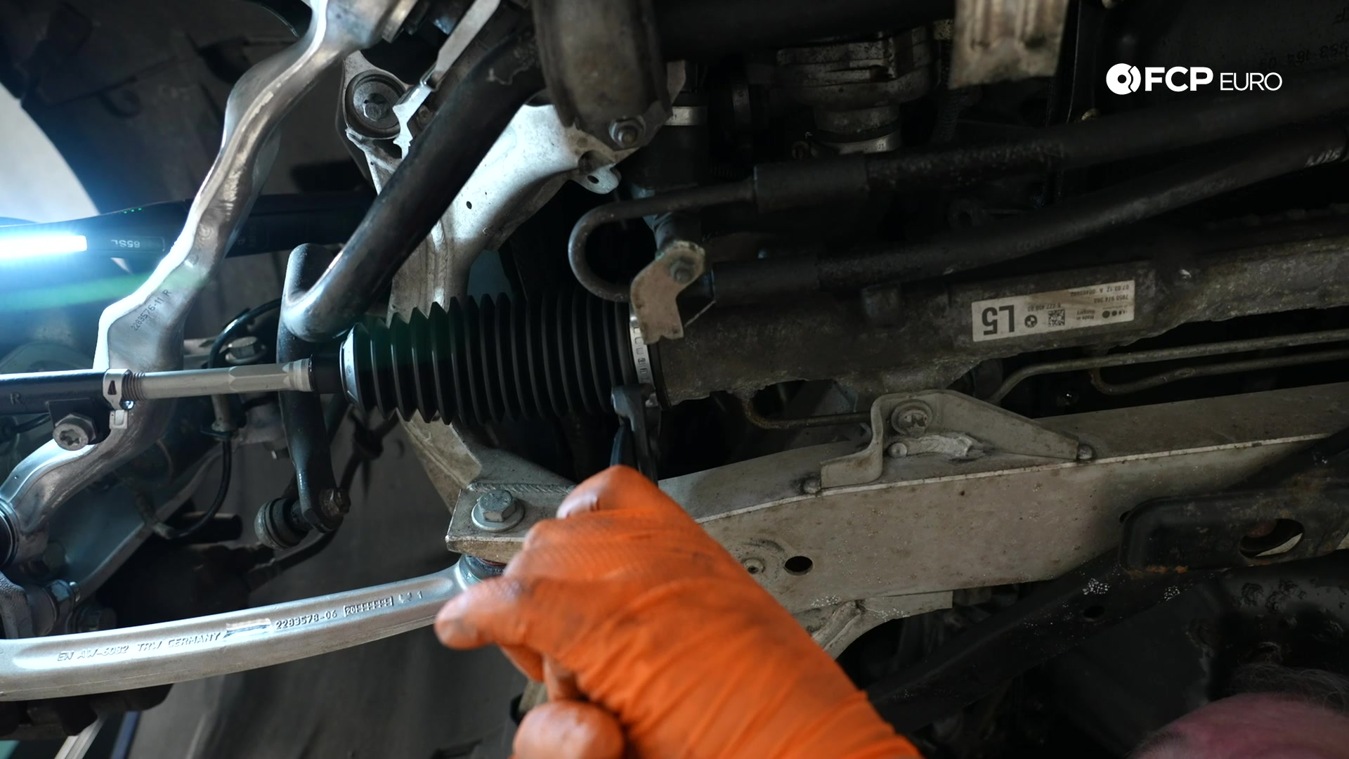DIY BMW E90 Tie Rod Replacement crimping the clamp