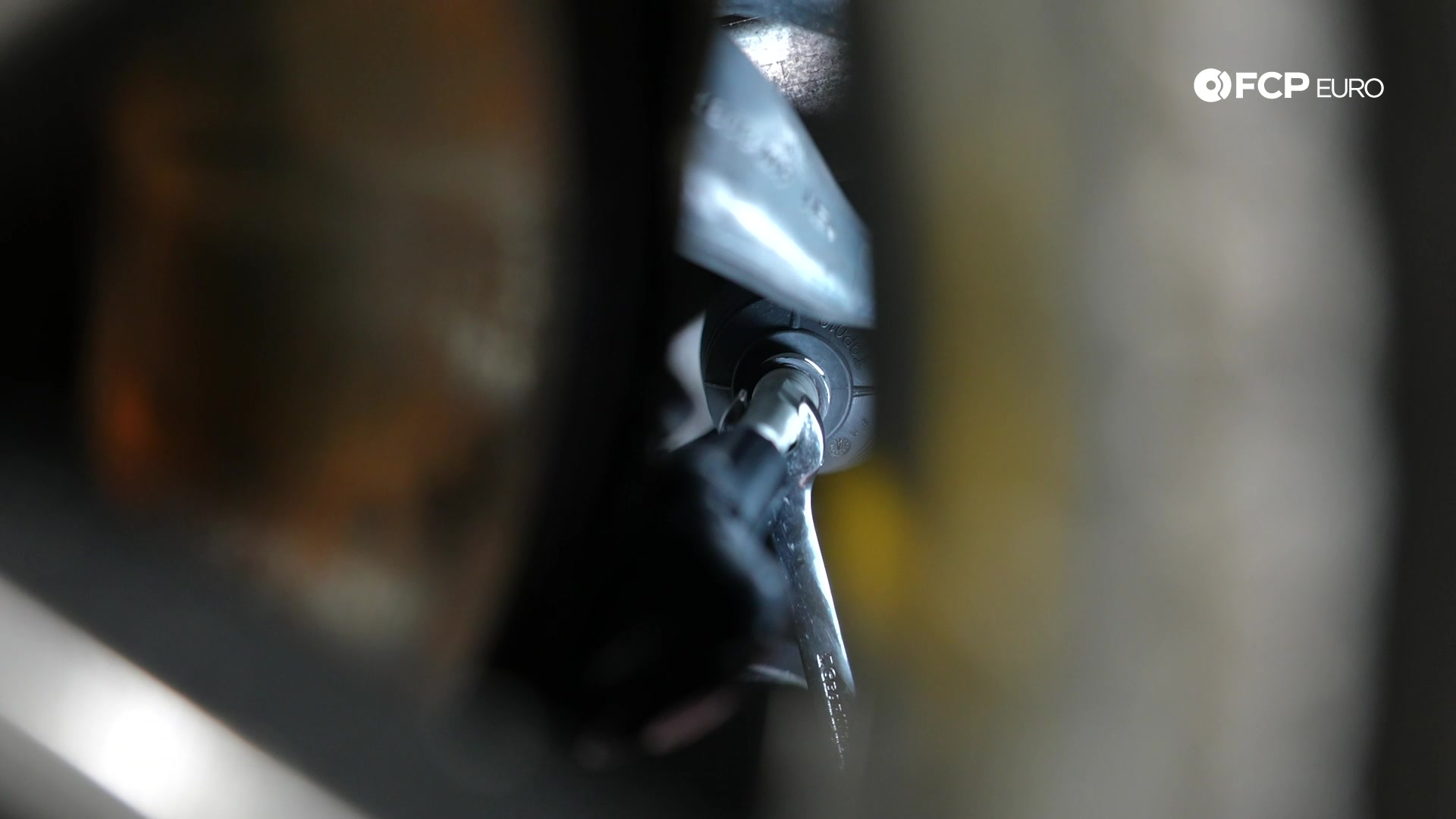 DIY BMW E90 Tie Rod Replacement adjusting the toe