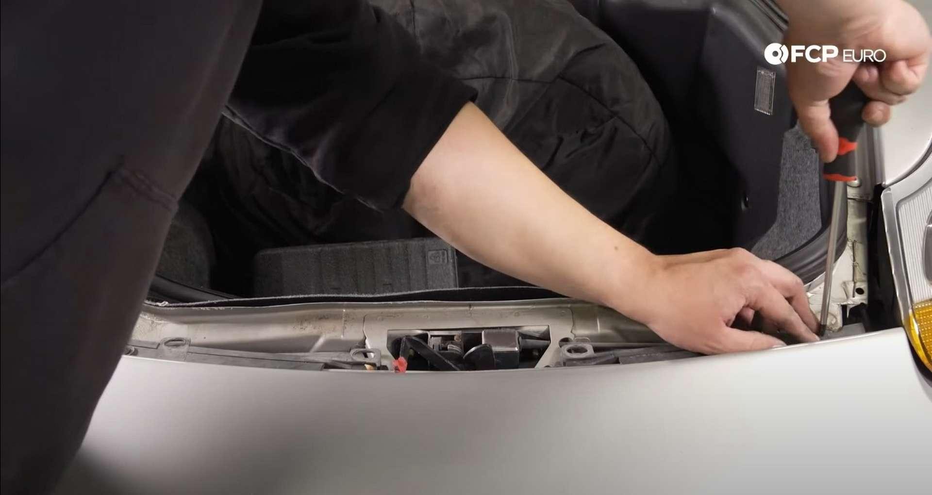 DIY Porsche 996 Radiator Replacement installing latch area screws